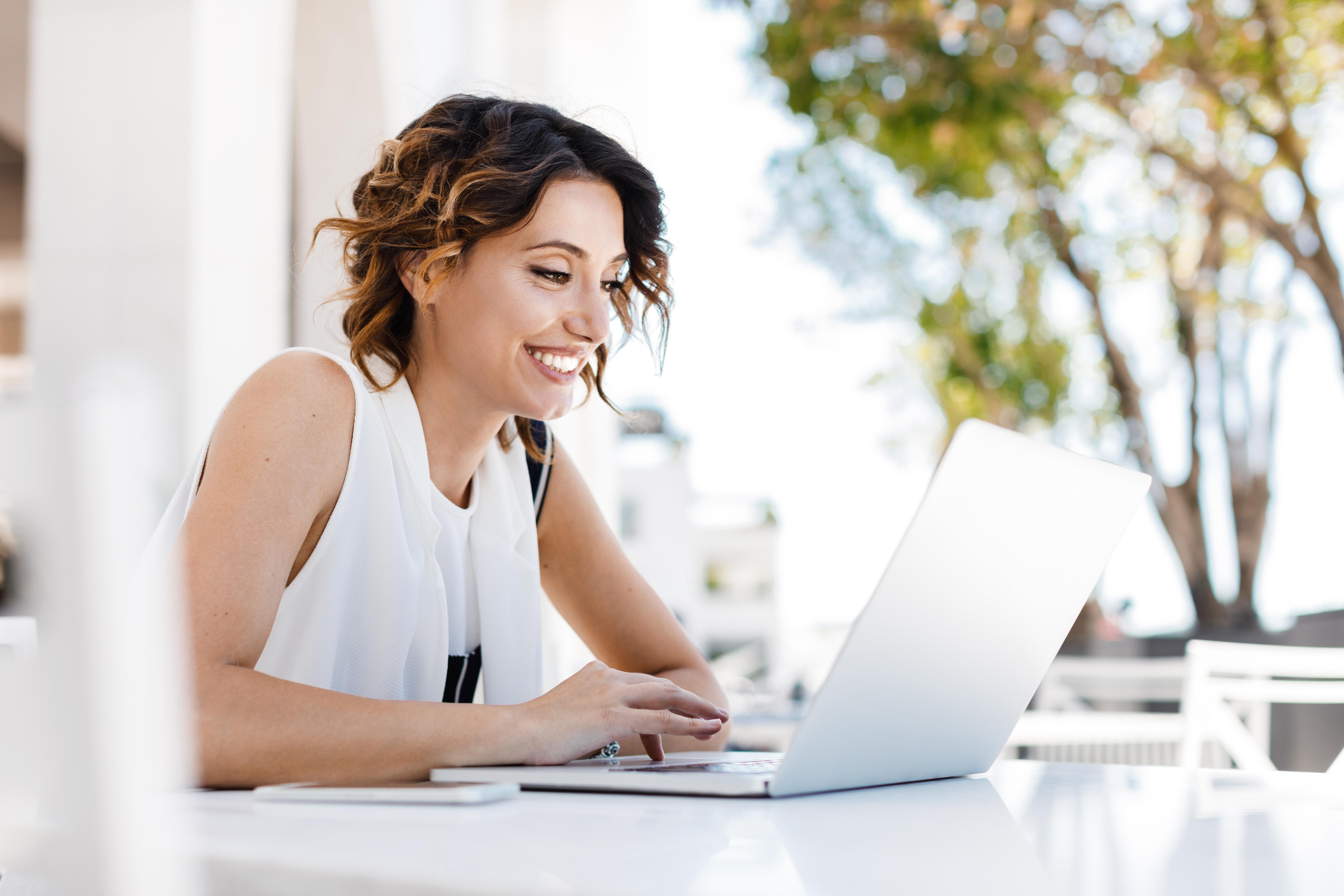 Як вибрати свій ідеальний ноутбук для повноцінної роботи вдома