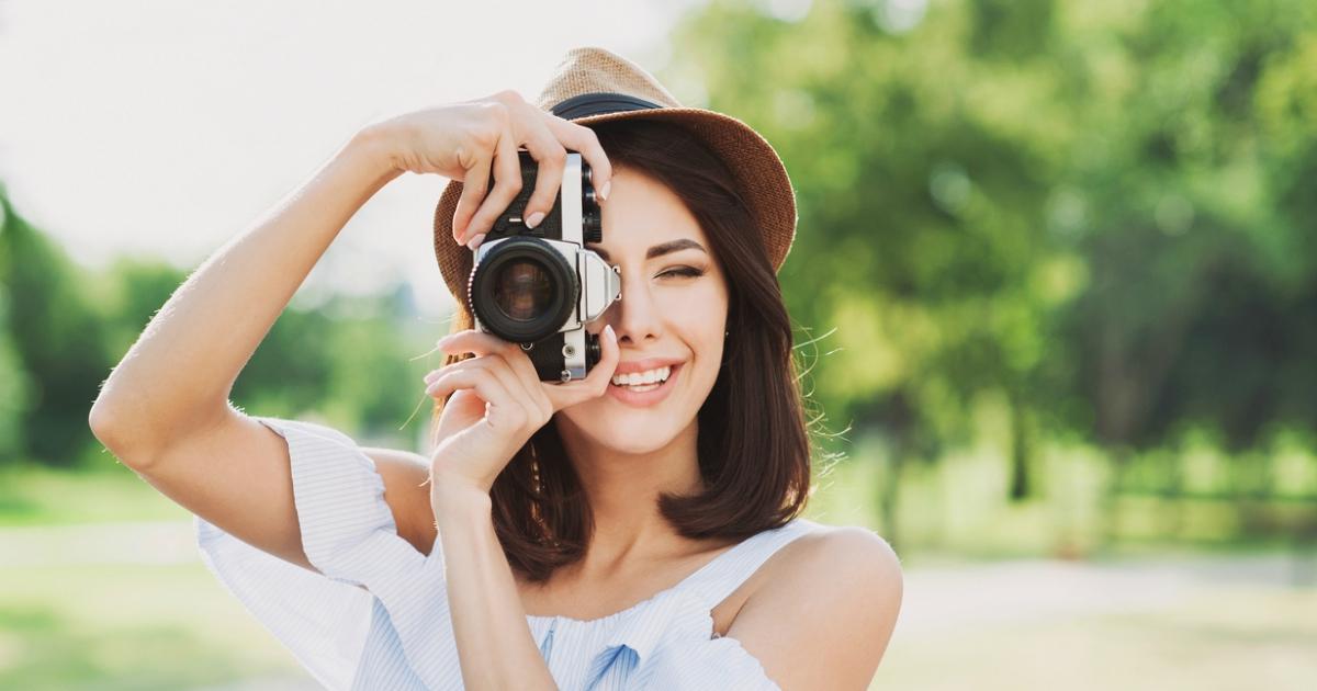 Найкращі фотоапарати для емоцій і подорожей, які варто придбати в 2019 році