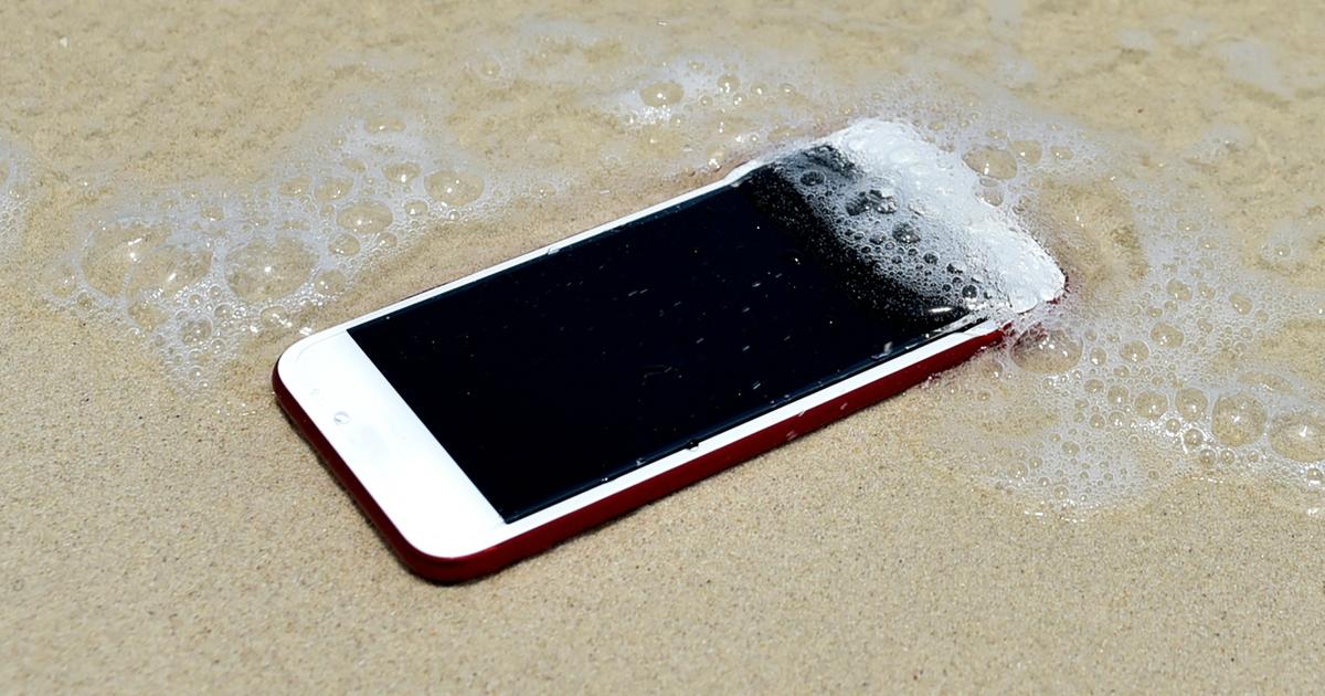 9 водонепроникних смартфонів, які варто придбати в 2019 році