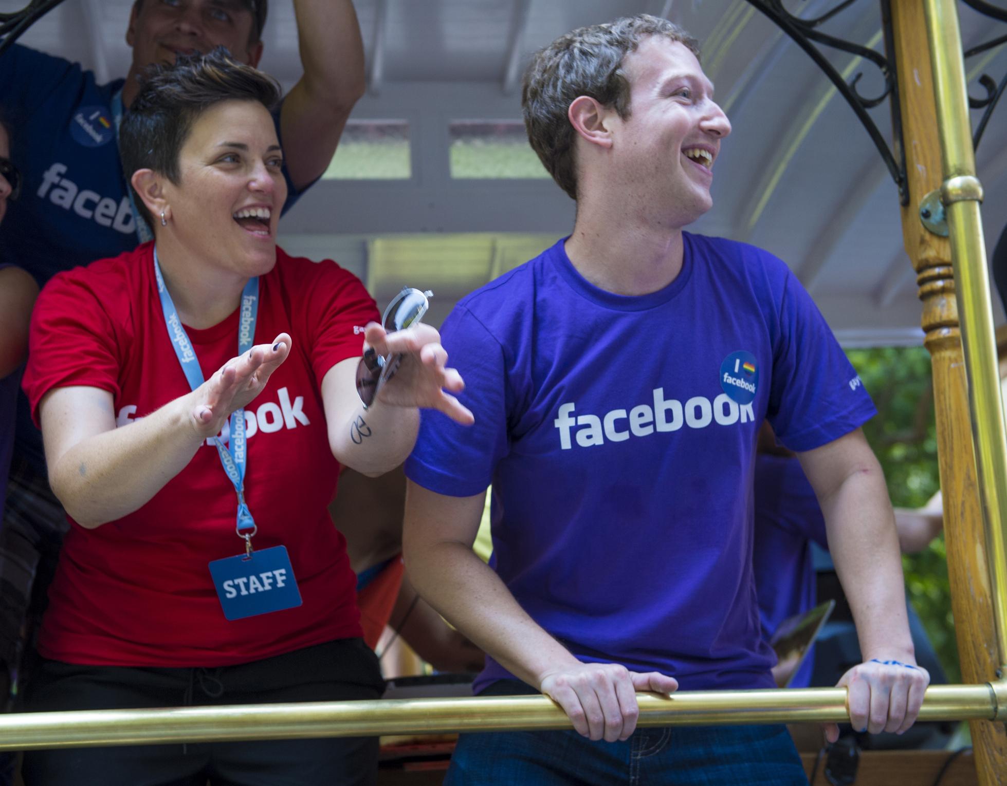 Марк Цукерберг наказав усім керівникам Facebook використовувати телефони на Android