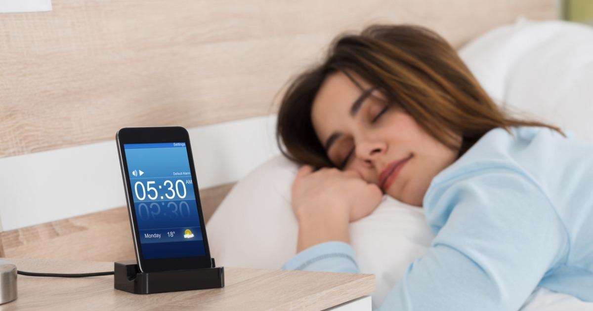 Як швидко заснути: 7 заспокійливих додатків, які покращують якість сну