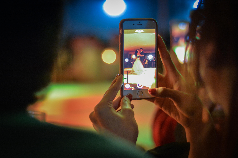 10 програм для смартфонів, які допоможуть відредагувати фотографії