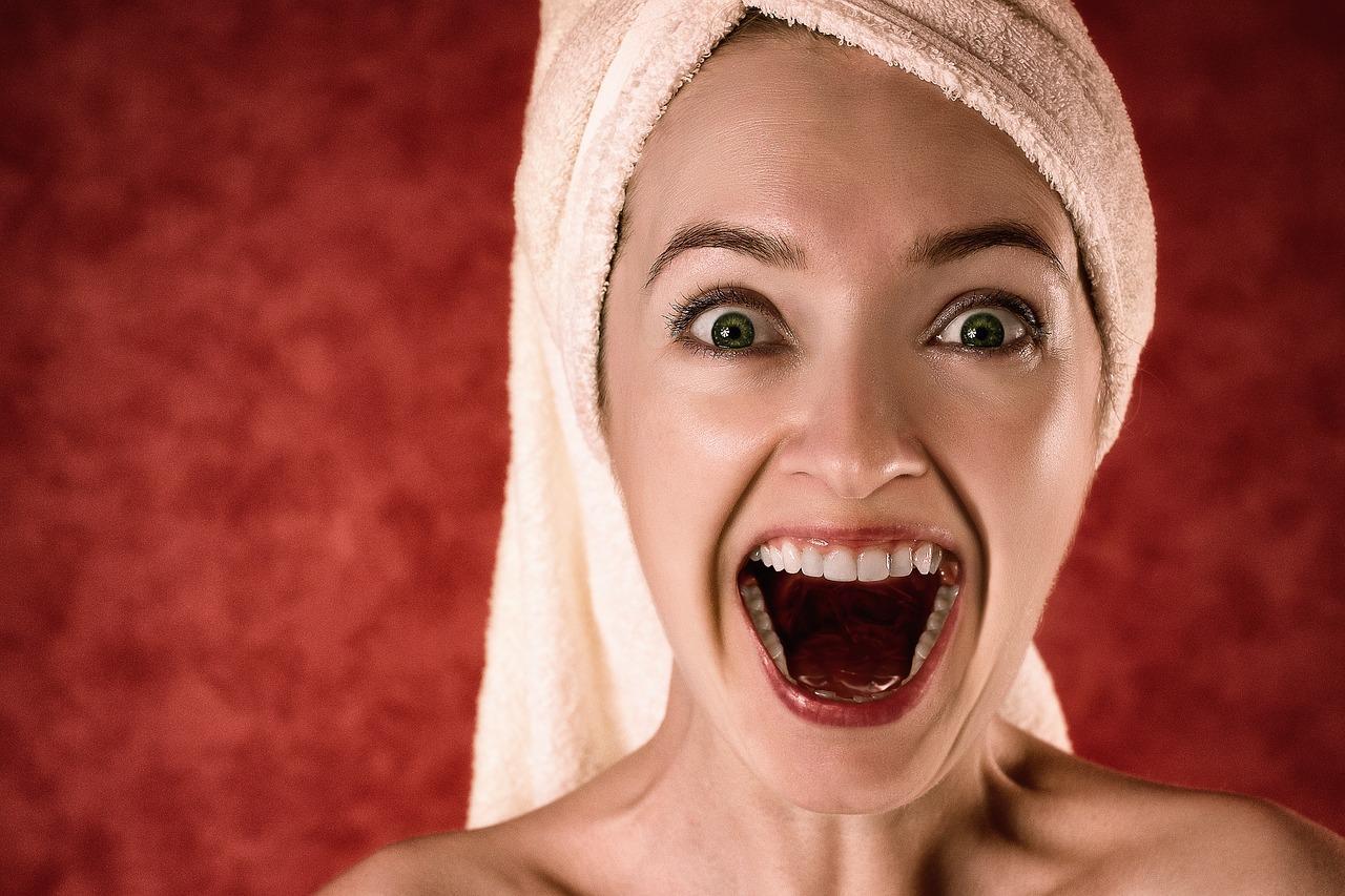 Як відновити голос: топ-15 домашніх засобів