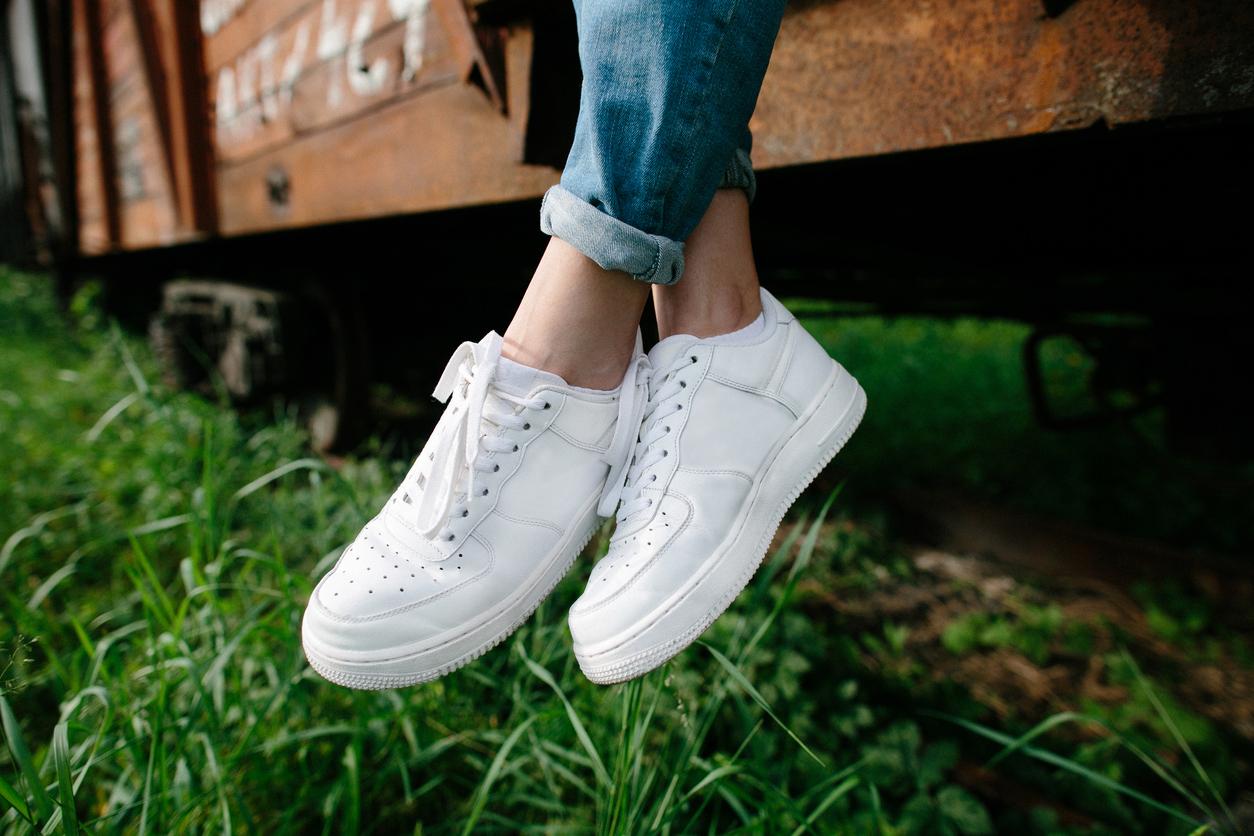 Кращі моделі білих кросівок, які варто придбати в 2019 році