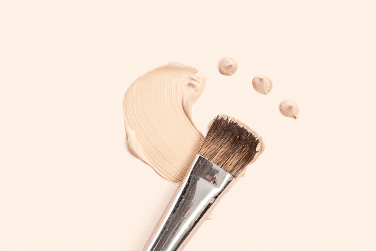 Основа і контуринг в макіяжі: 4 кисті, які необхідні в косметичці