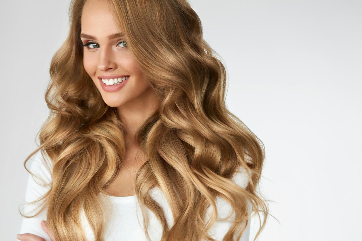 8 частих помилок при прагненні отримати кучеряве або рівне волосся