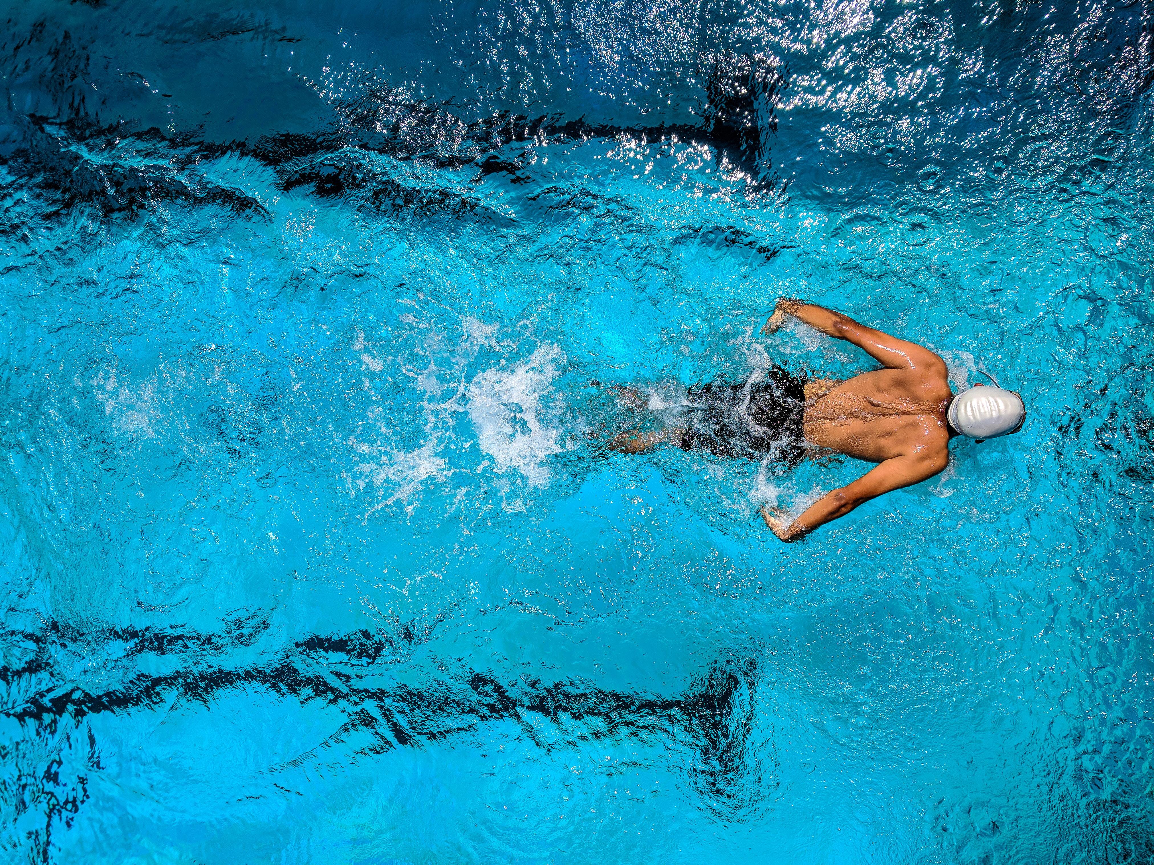 7 причин, чому потрібно зайнятися водним спортом або плаванням