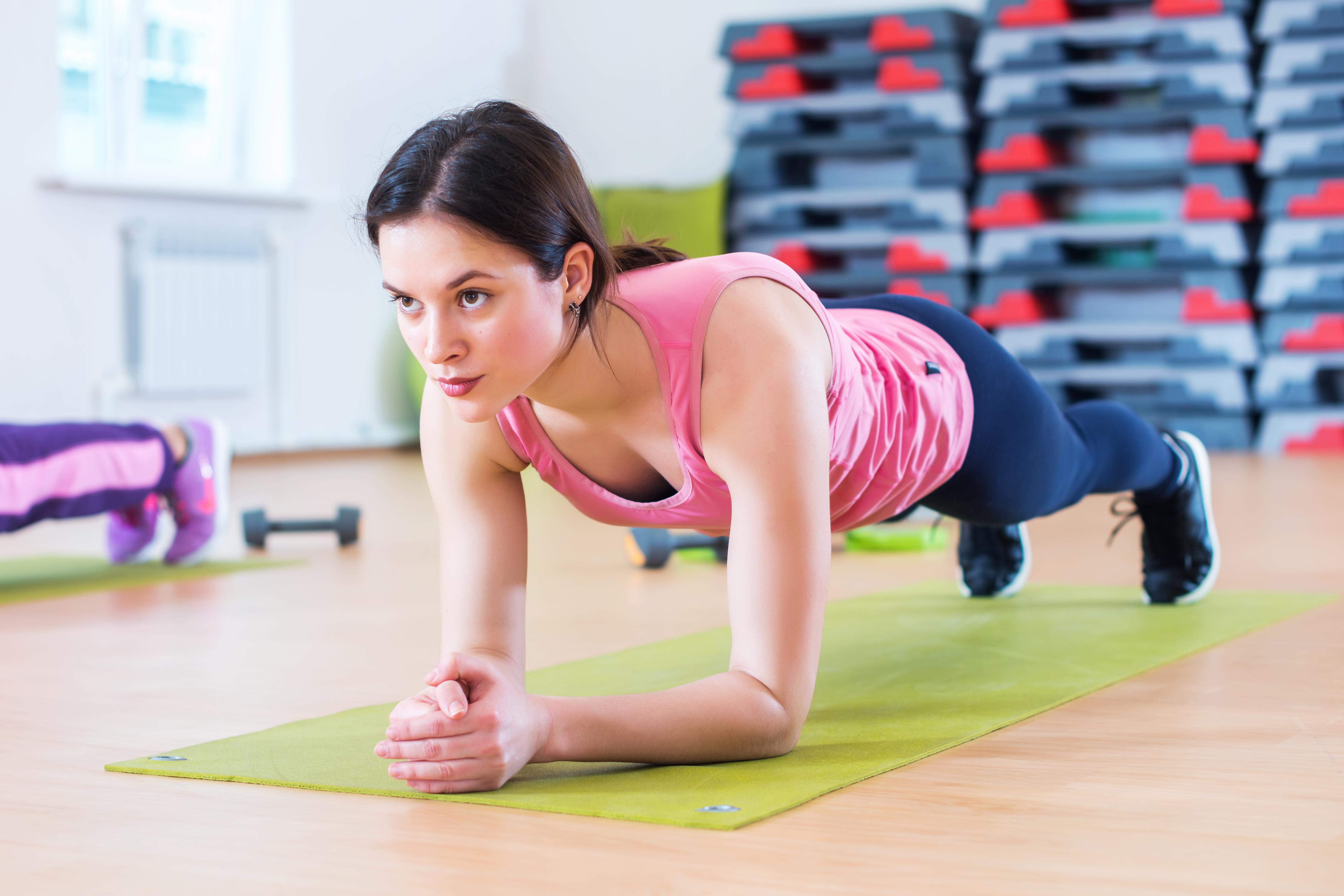 10 вправ для максимального спалювання жиру