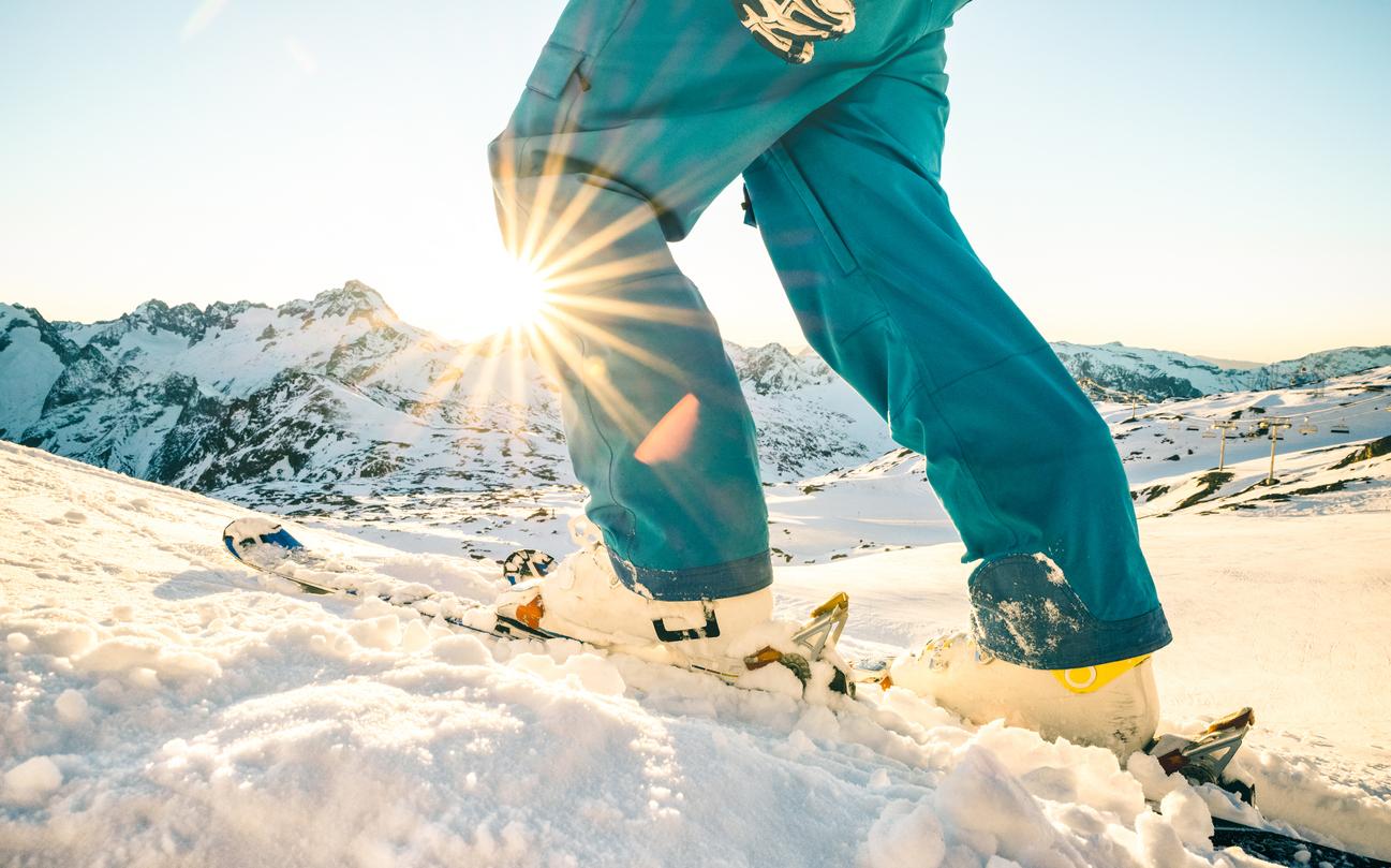 Сноуборд або лижі: вибираємо свій ідеальний зимовий відпочинок