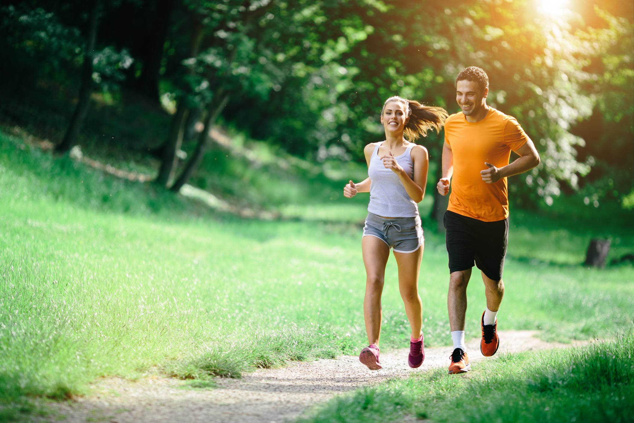 Як правильно бігати підтюпцем, щоб пробіжки допомогли схуднути