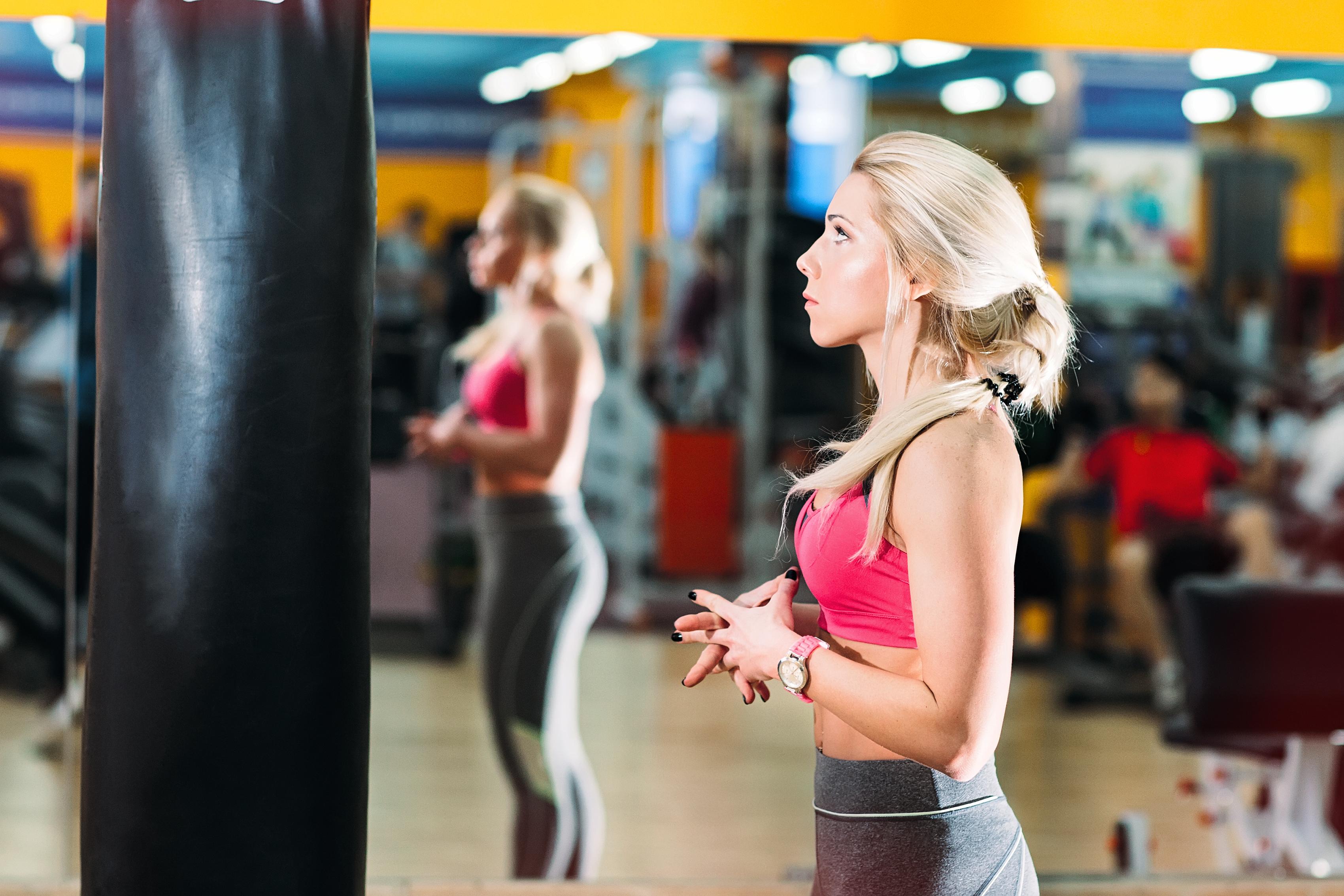 Вправи, які розширюють талію: топ-10 жіночих помилок