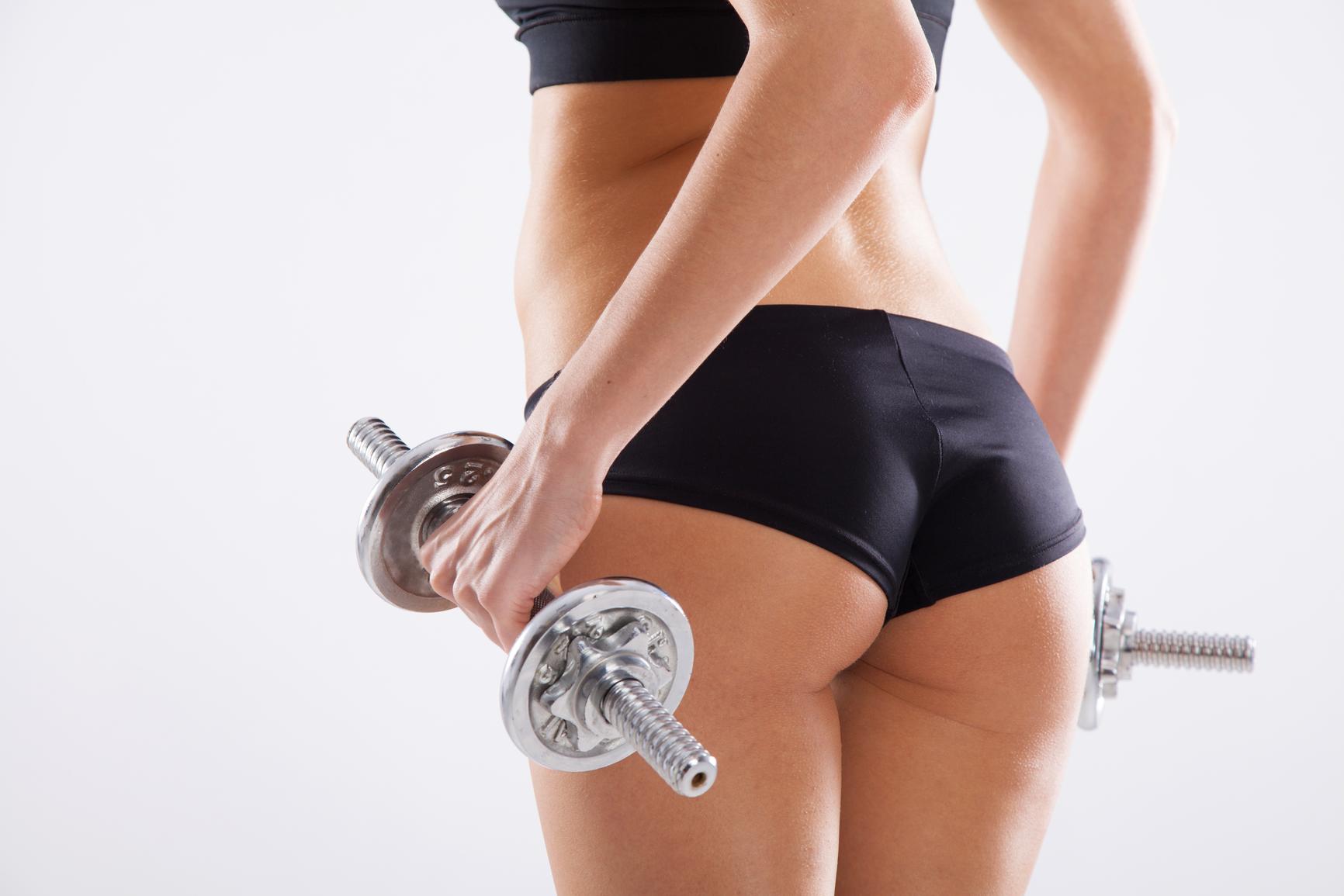Домашній спорт: як без штанг і гантелей накачати сідниці і ноги