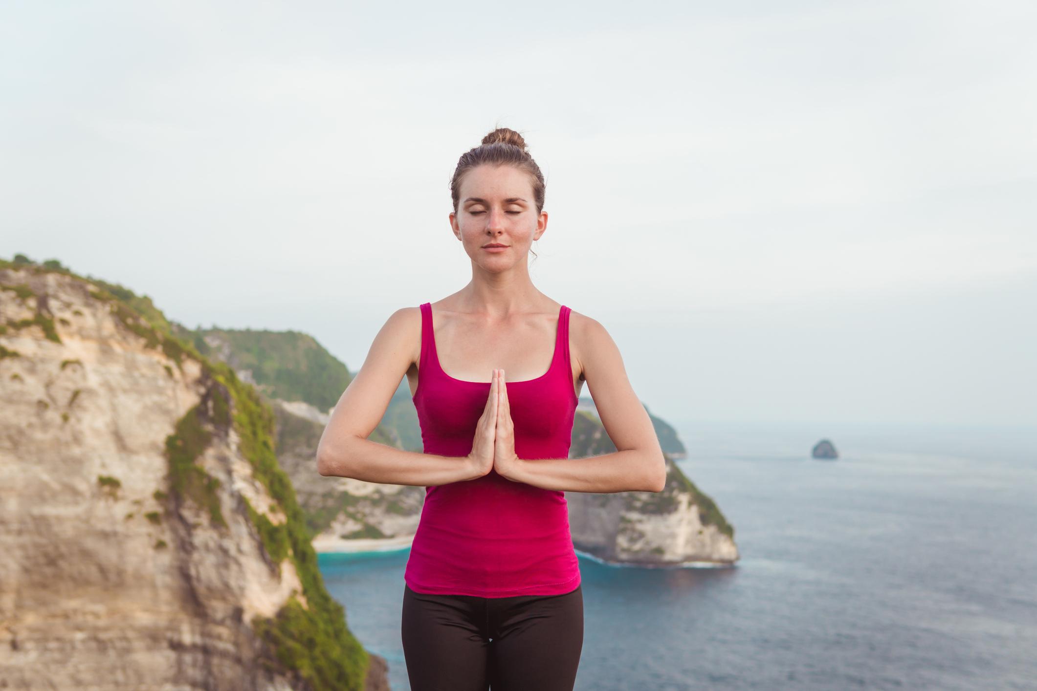 Вправи китайської гімнастики Цзяньфэй для схуднення