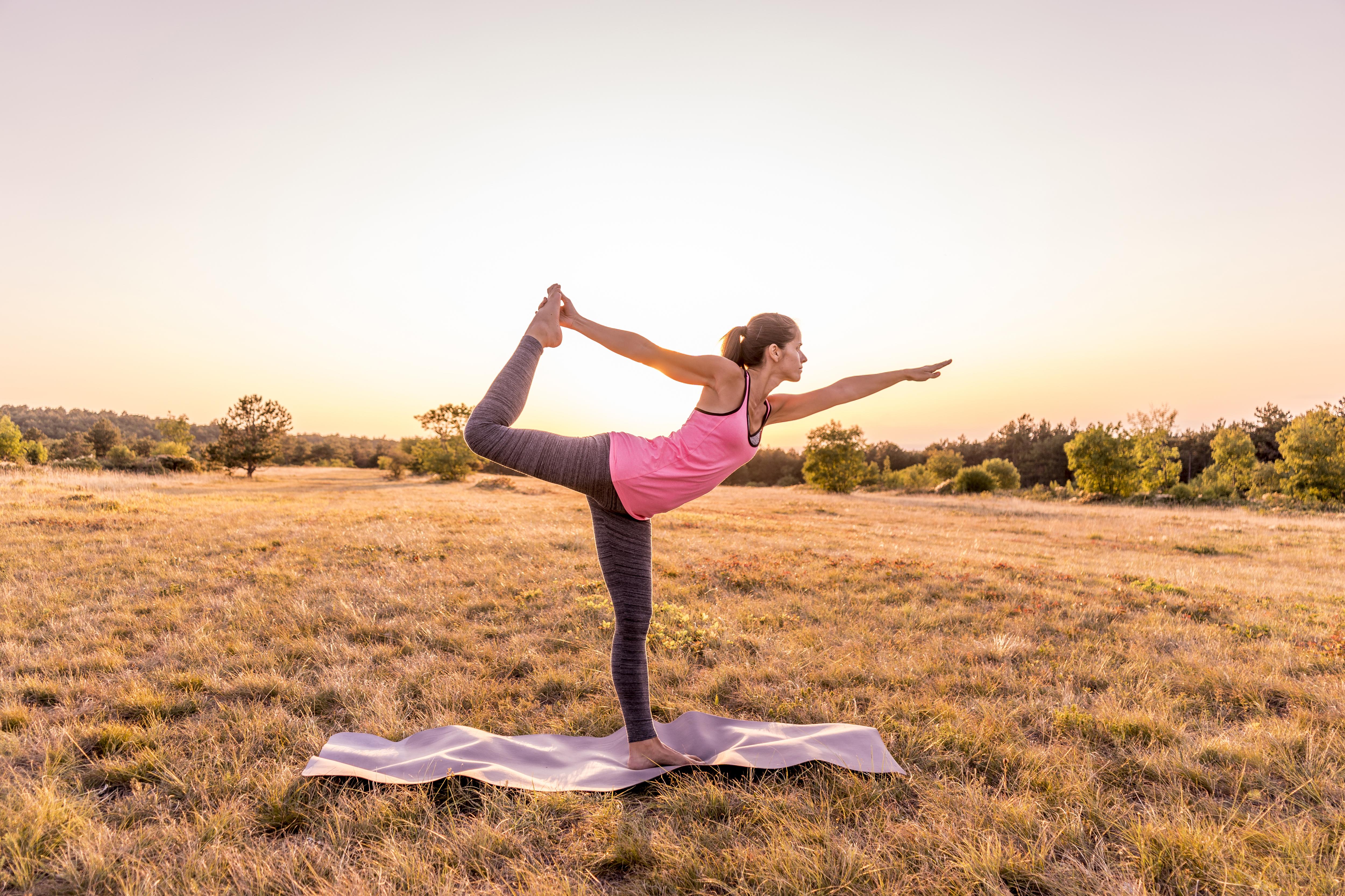 Чому потрібно додати до своїм фізичним активностей йогу: 9 неочевидних причин