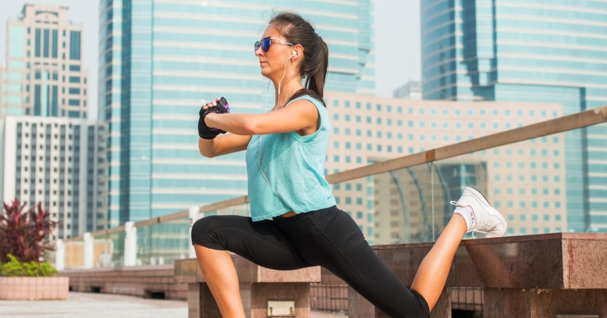 Тренер знаменитостей рекомендує особливі присідання, які тренують все тіло