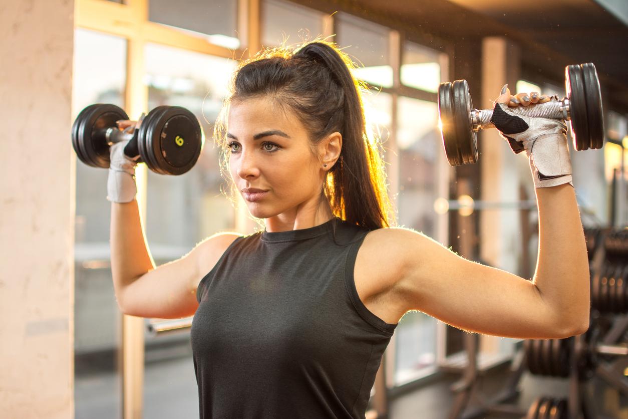 Дієві методи, з якими у жінок вийде наростити м'язи