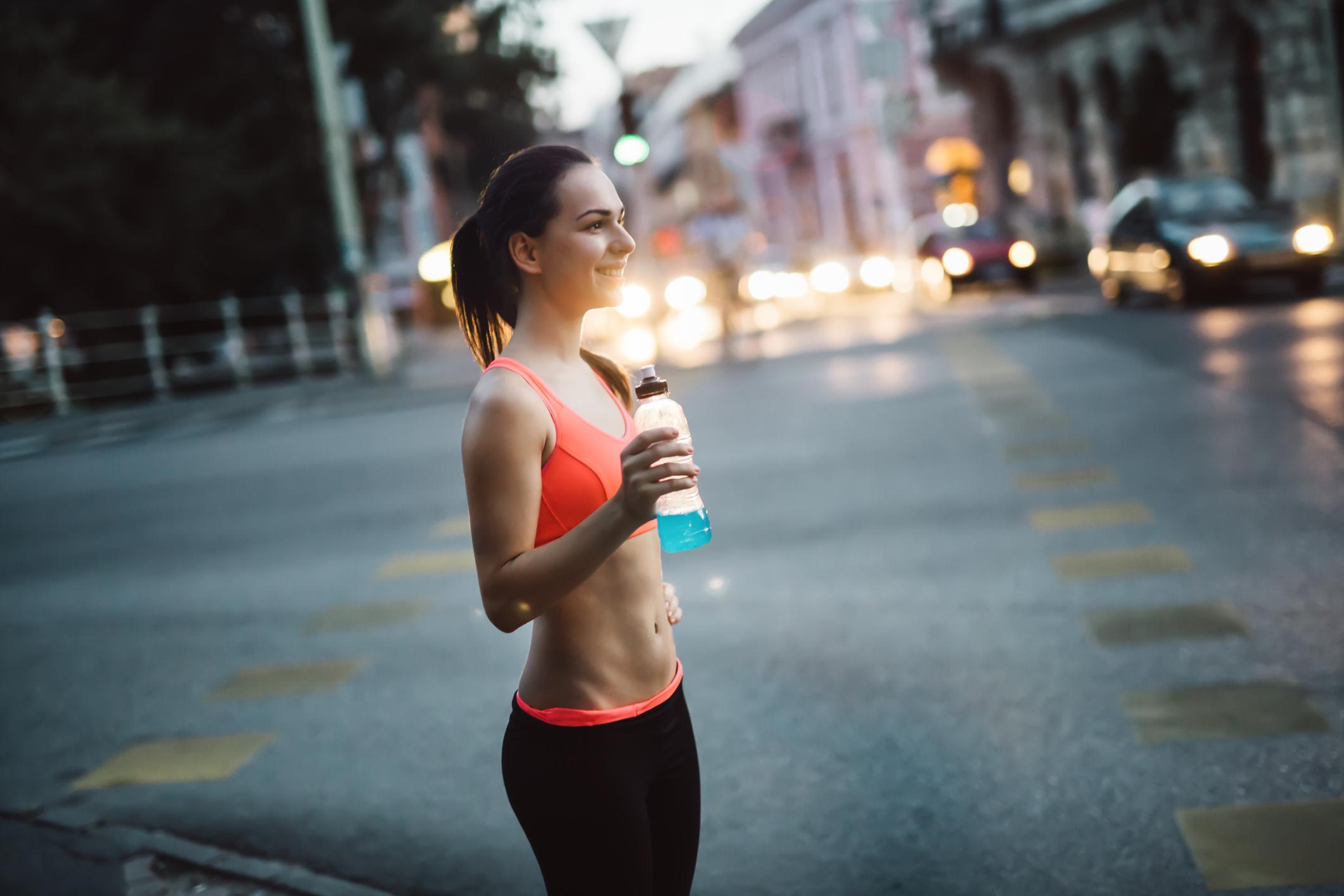 Як новачкам почати правильно бігати вечорами