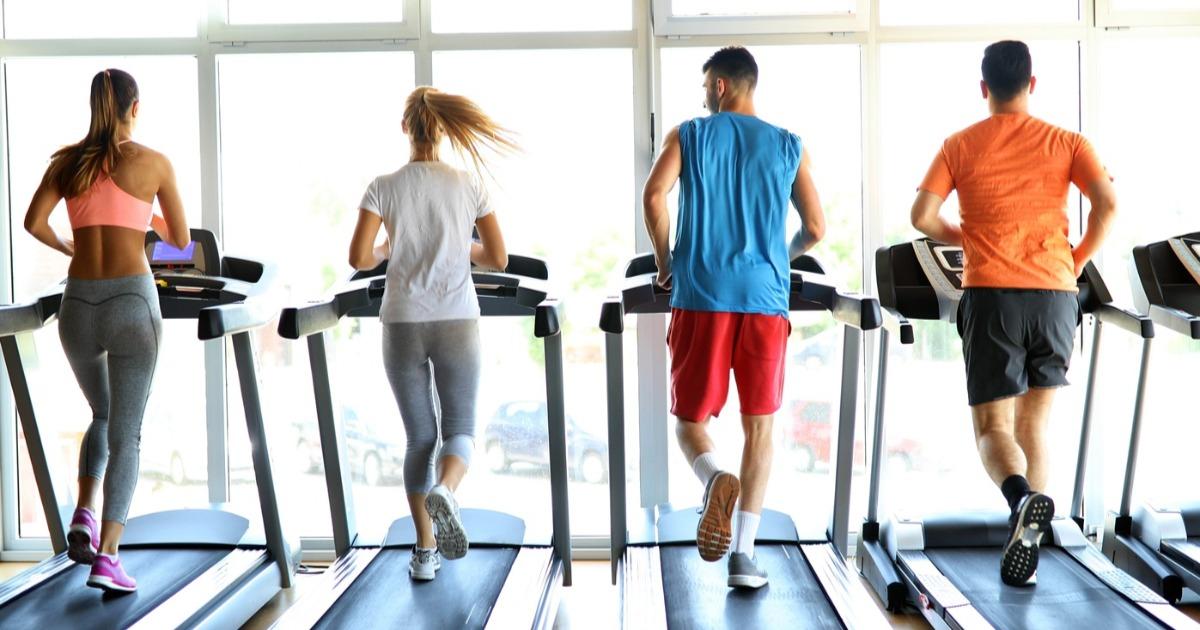 10 вагомих причин, щоб тренуватися на біговій доріжці