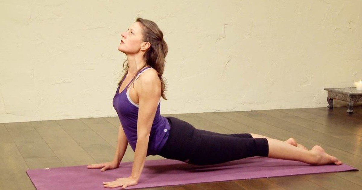12 корисних і нескладних асан йоги для здоров'я спини