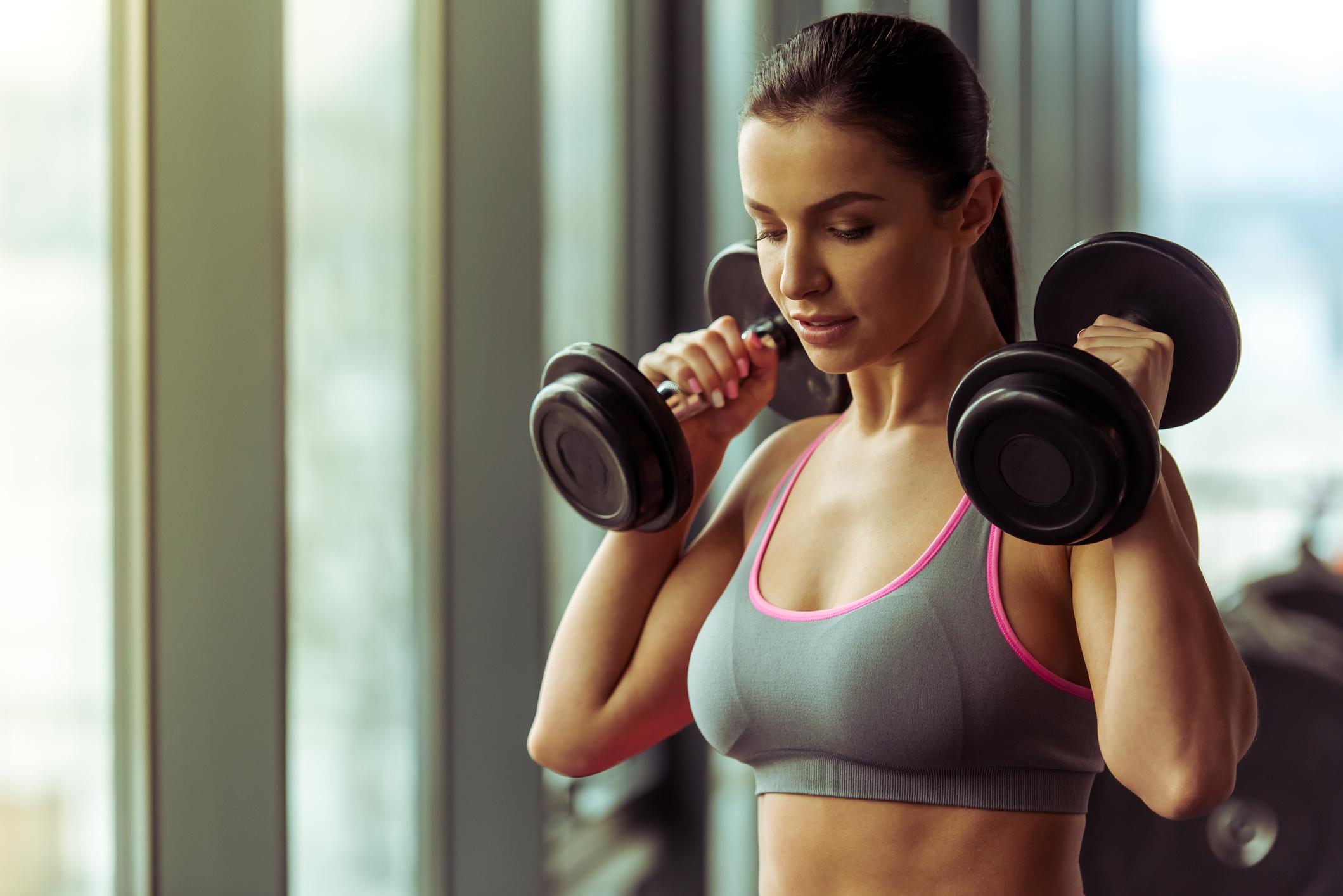 Супер вправи на прокачування грудних м'язів в домашніх умовах