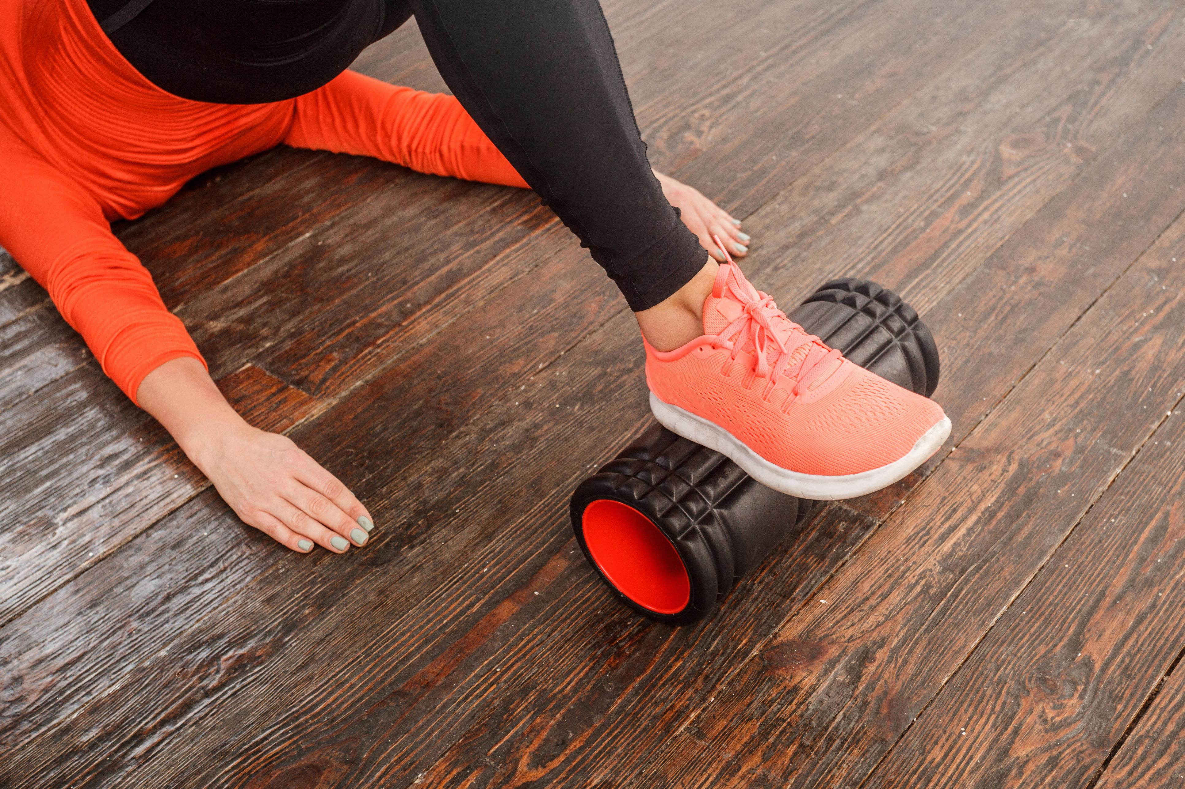 7 вправ з валиком, які зроблять тіло краще