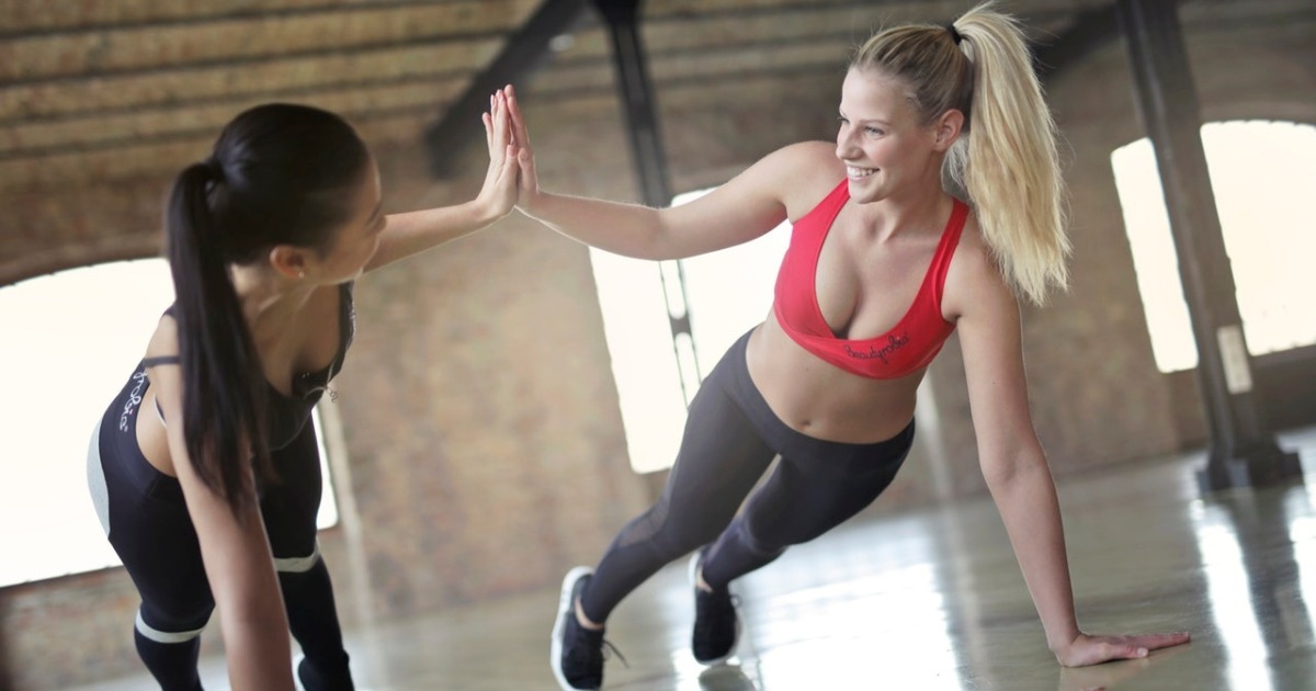12 супер вправ, які допомагають жінкам