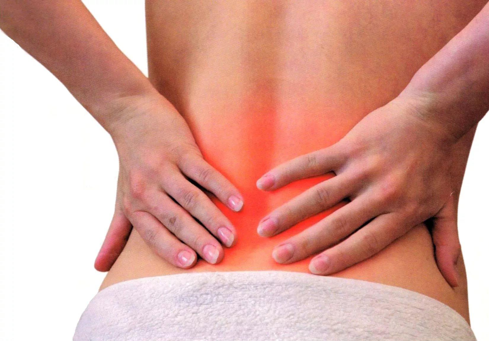 3 несподівані причини, чому виникає біль у спині
