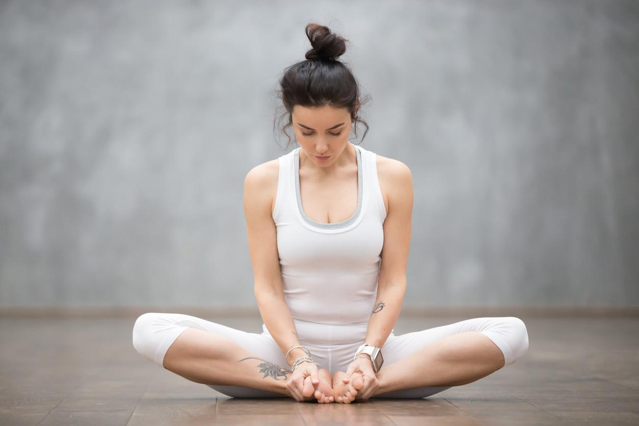 3 пози йоги для позбавлення від втоми