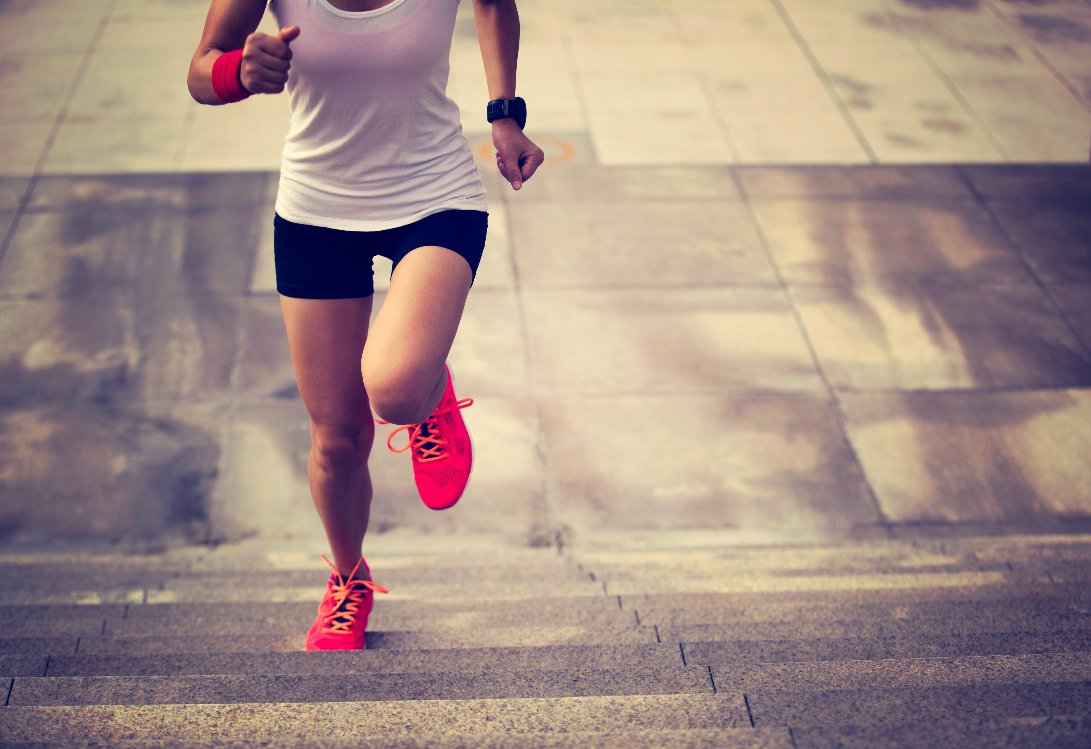 Корисні поради, як спалювати жир під час бігу