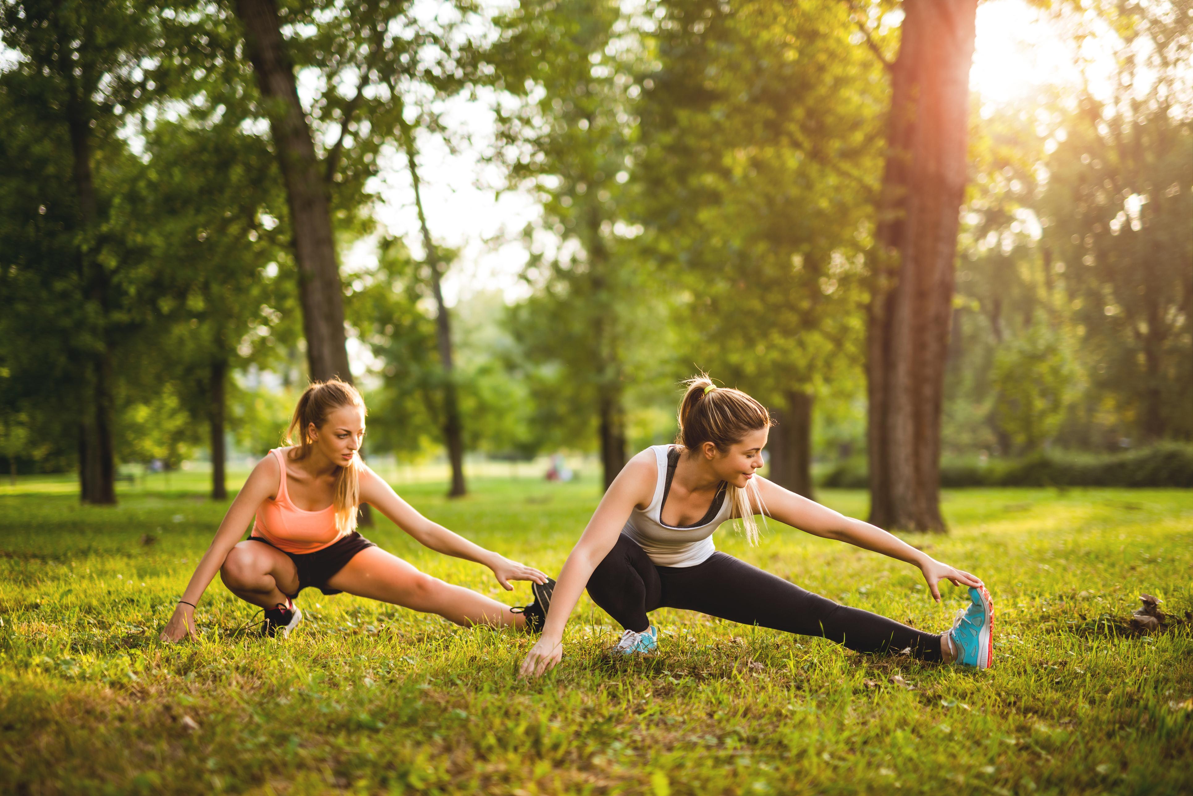 15 вправ, які допоможуть швидко сісти на шпагат в будь-якому віці