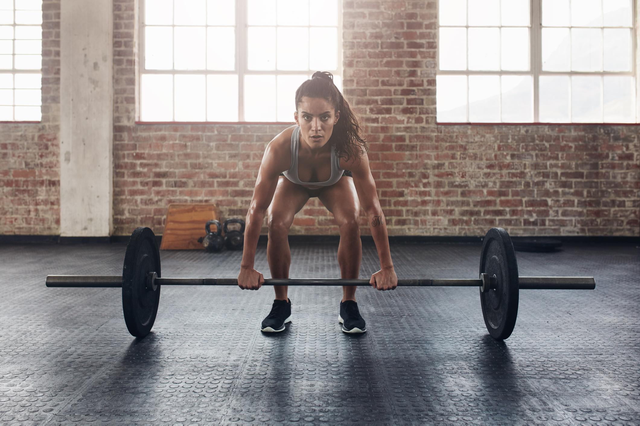 5 міфів про підняття великої ваги, в які потрібно перестати вірити жінкам