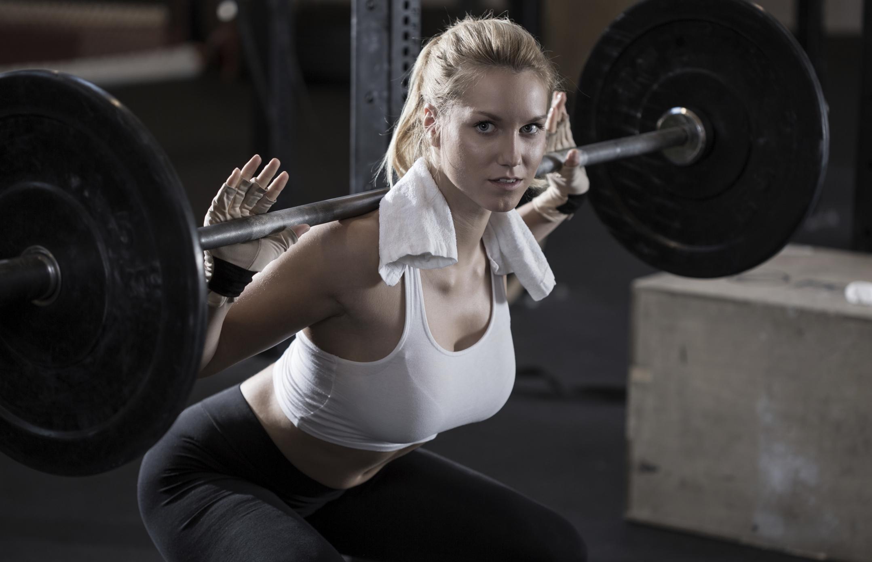 Дієві поради від 3 тренерів з нарощування м'язової маси