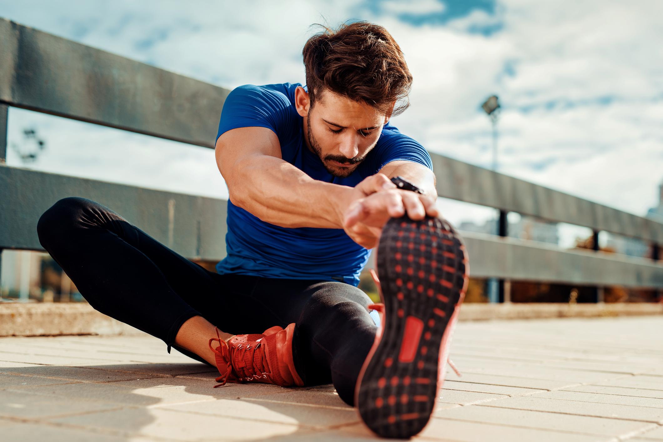 Прості вправи на розтяжку для чоловіків