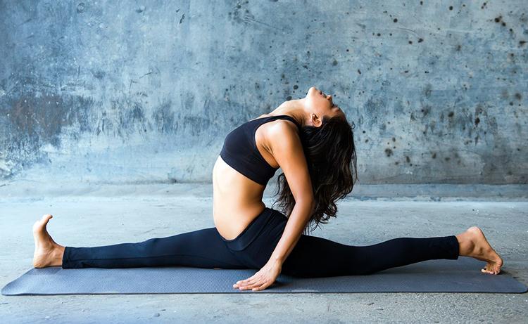 7 простих вправ, які допоможуть сісти на шпагат