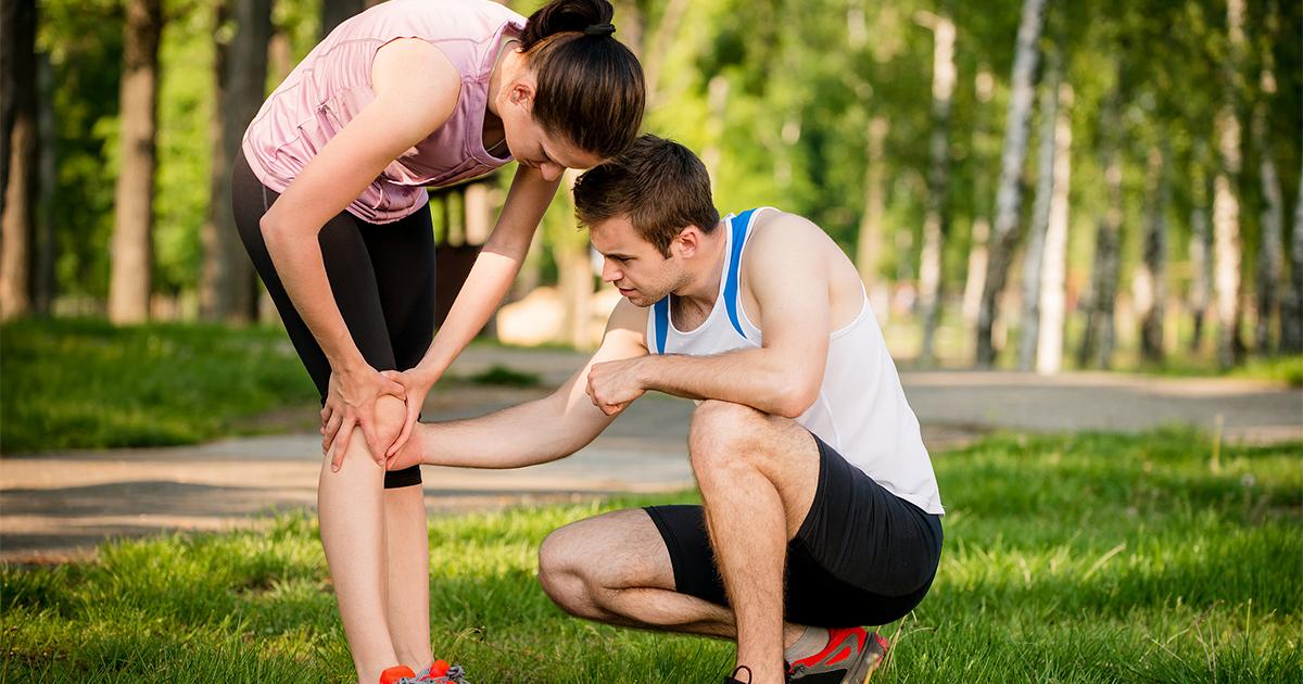5 причин, чому болять коліна при бігу