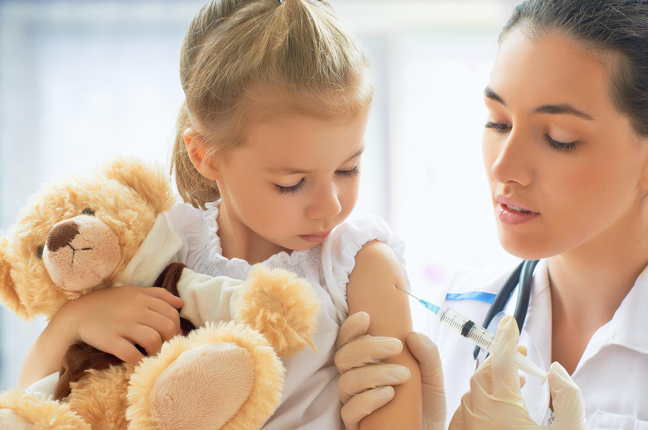 Дитина боїться уколів: 7 порад, які допоможуть батькам