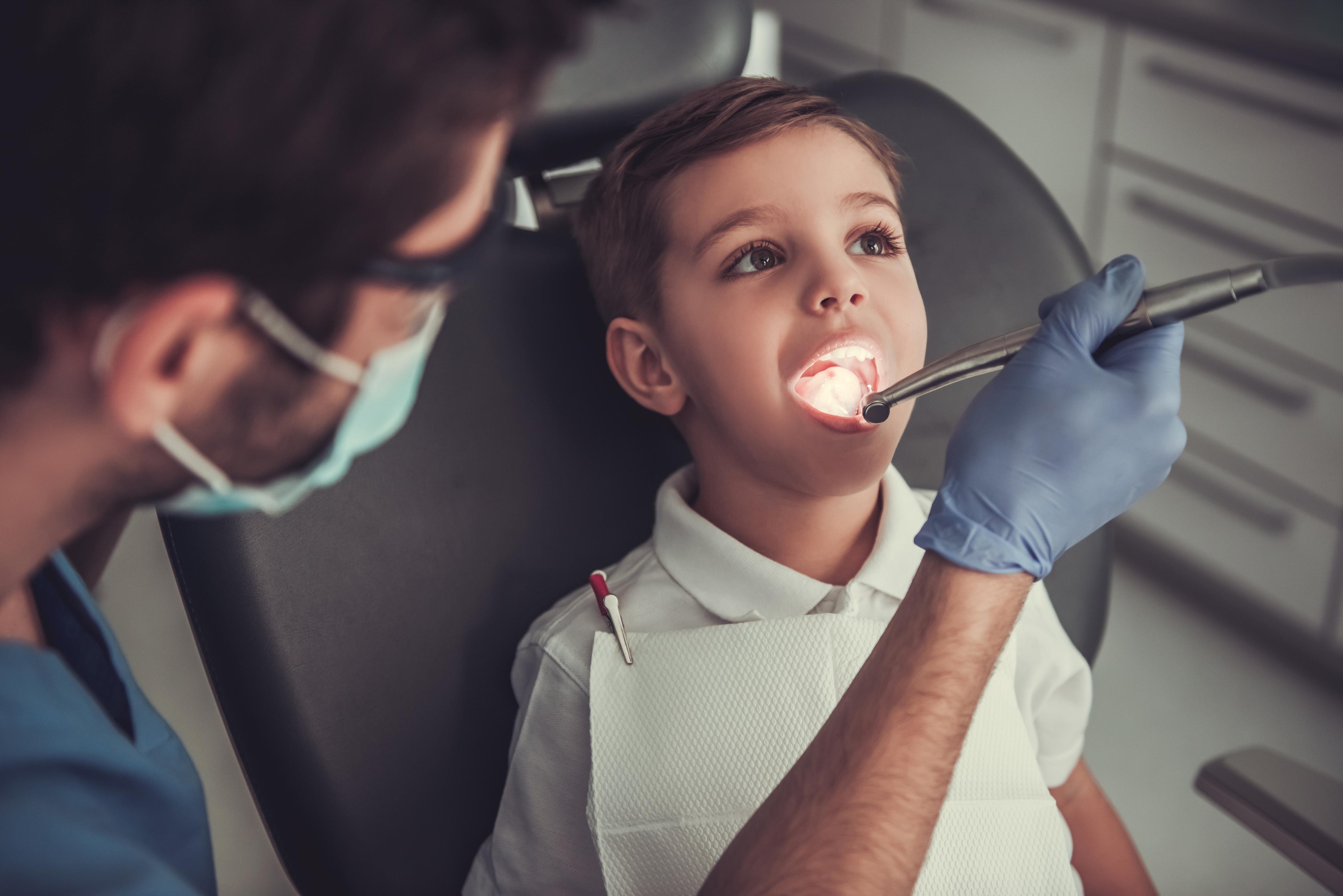 Чому діти скриплять зубами або наукове пояснення бруксизму
