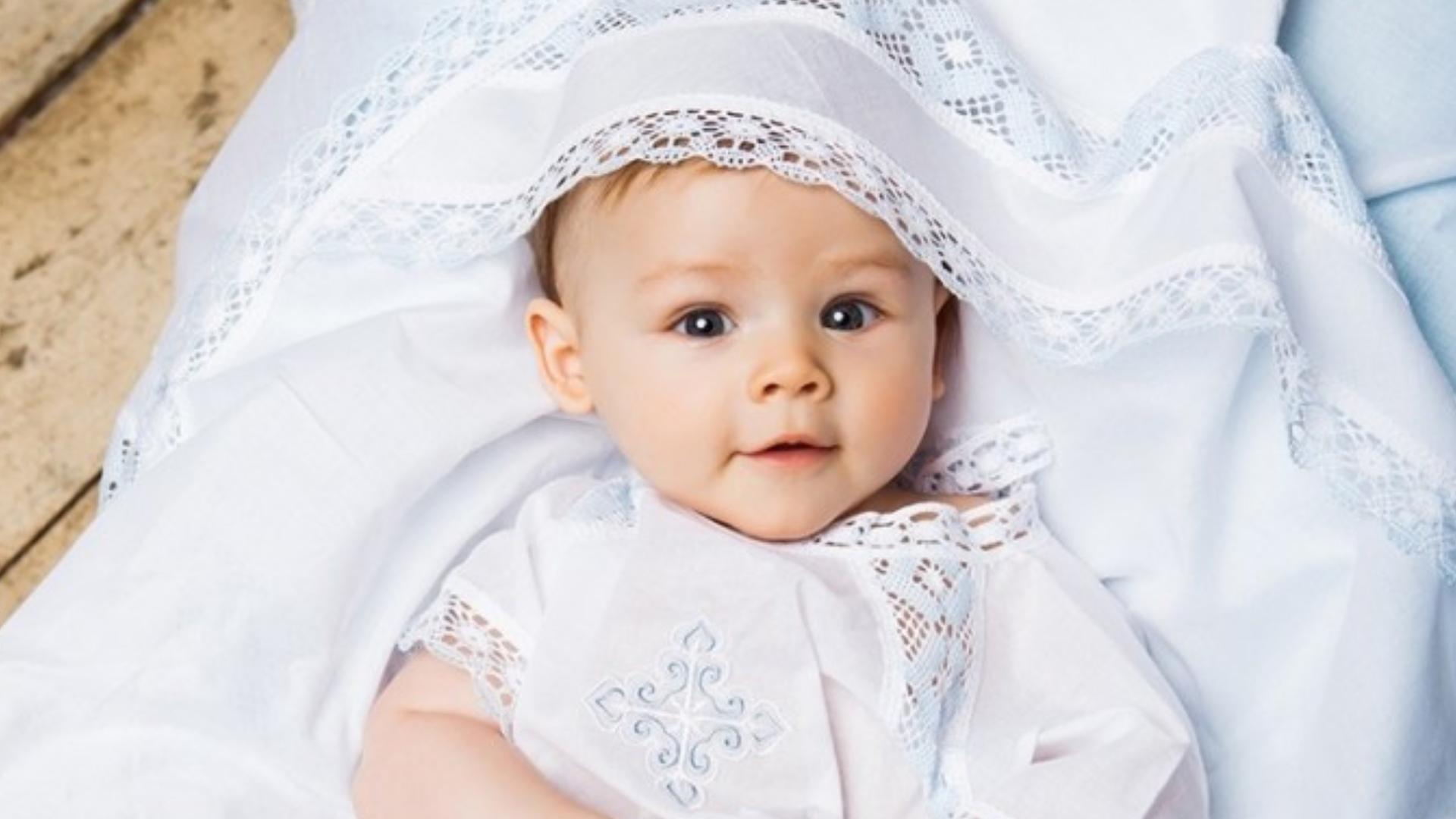 Подарунки на хрещення дитини: оригінальні варіанти для хлопчика і дівчинки