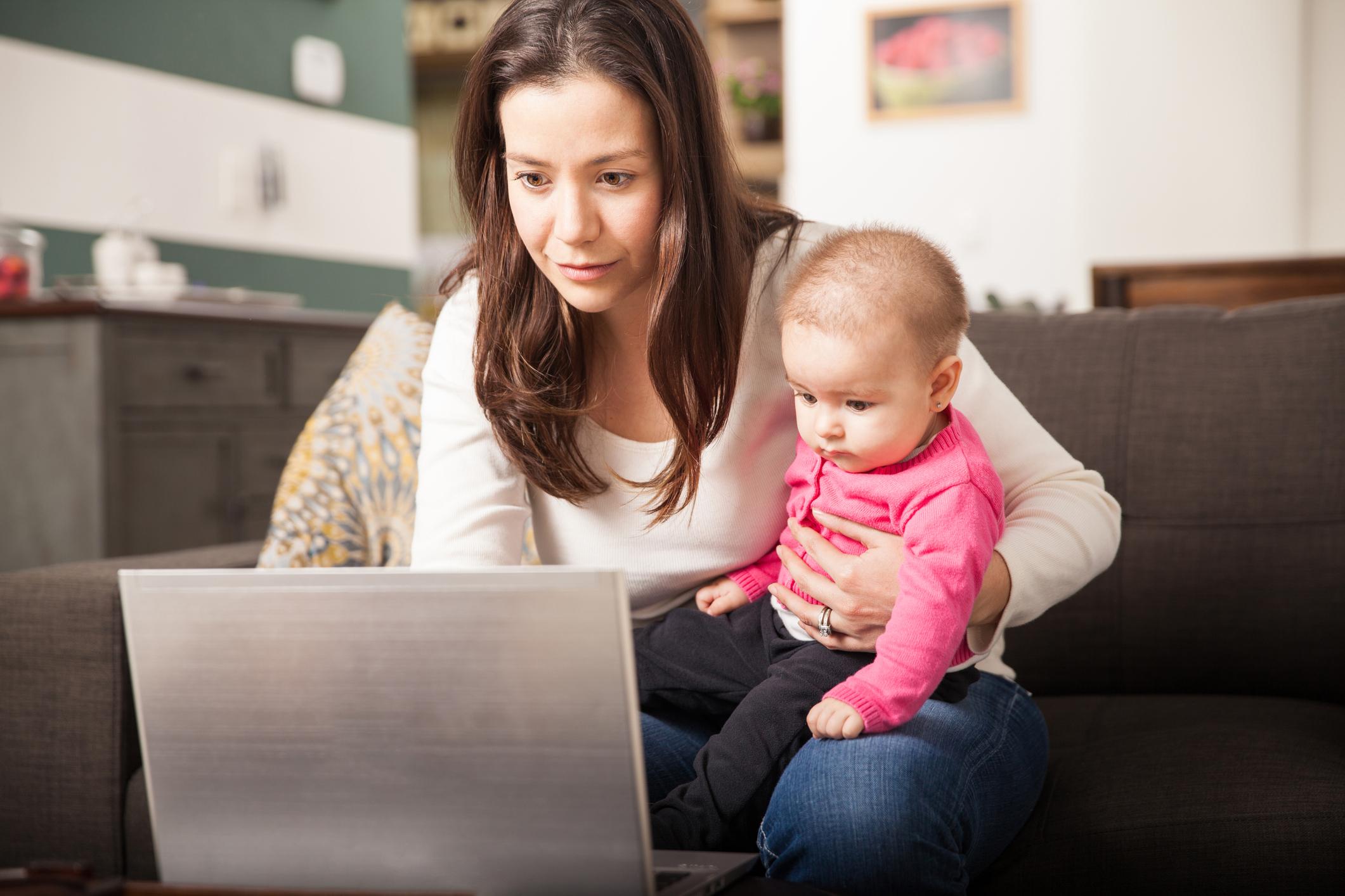 Портал для мам: корисні сайти, які дозволять поєднати бізнес і материнство
