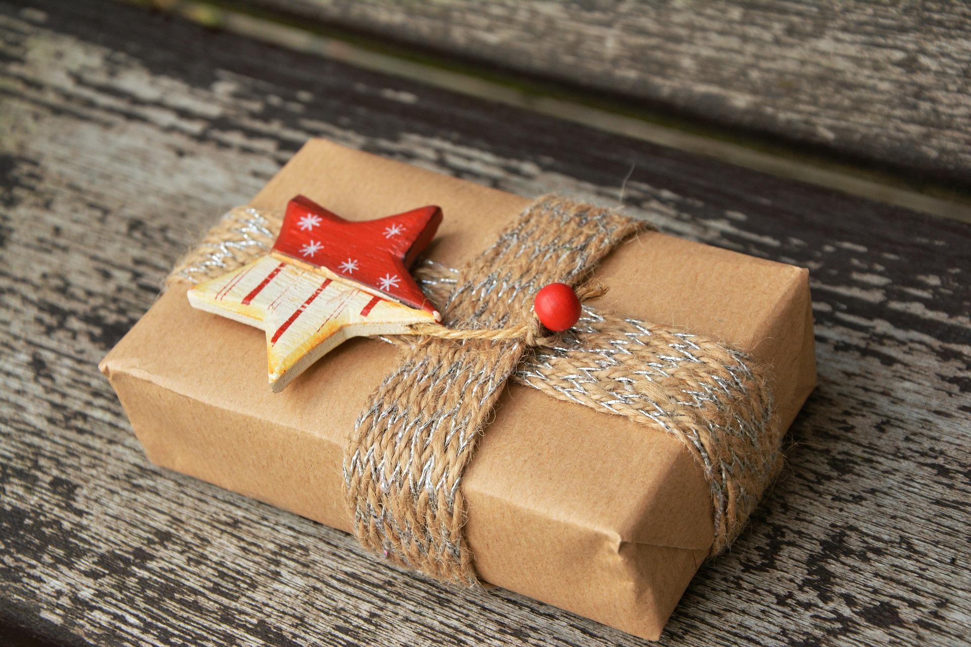 Що не можна дарувати чоловікові: ідеї подарунків, від яких вони не в захваті
