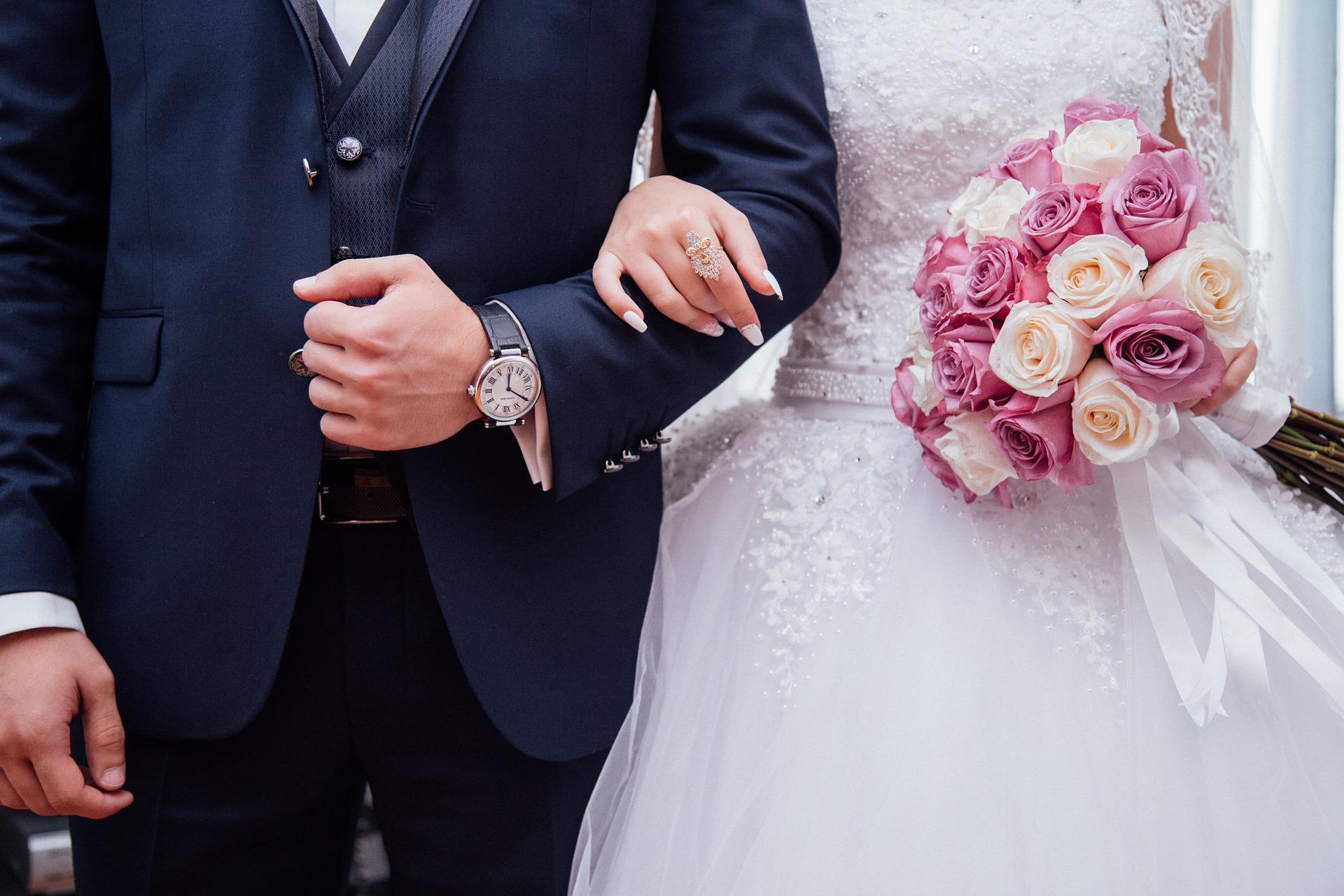 Що не можна дарувати на весілля: підбираємо подарунок молодятам