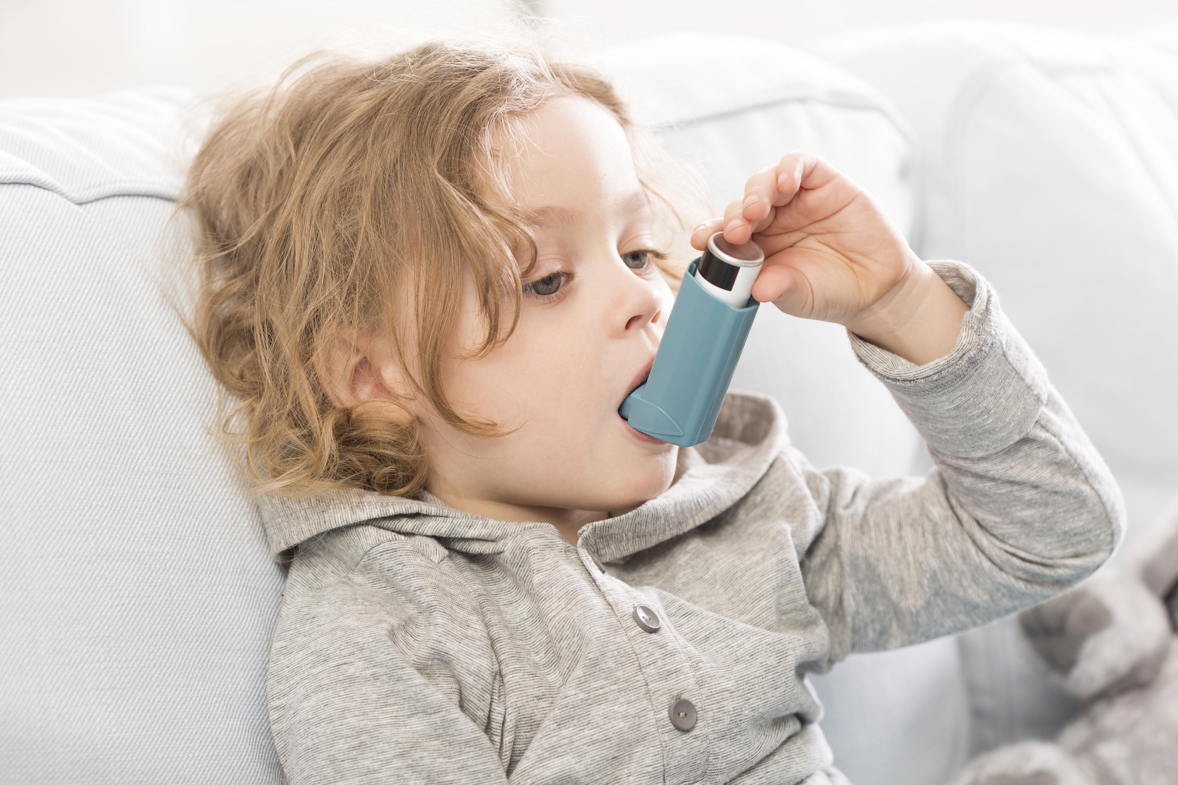 Діти з астмою частіше схильні до ризику зайвої ваги, дослідження