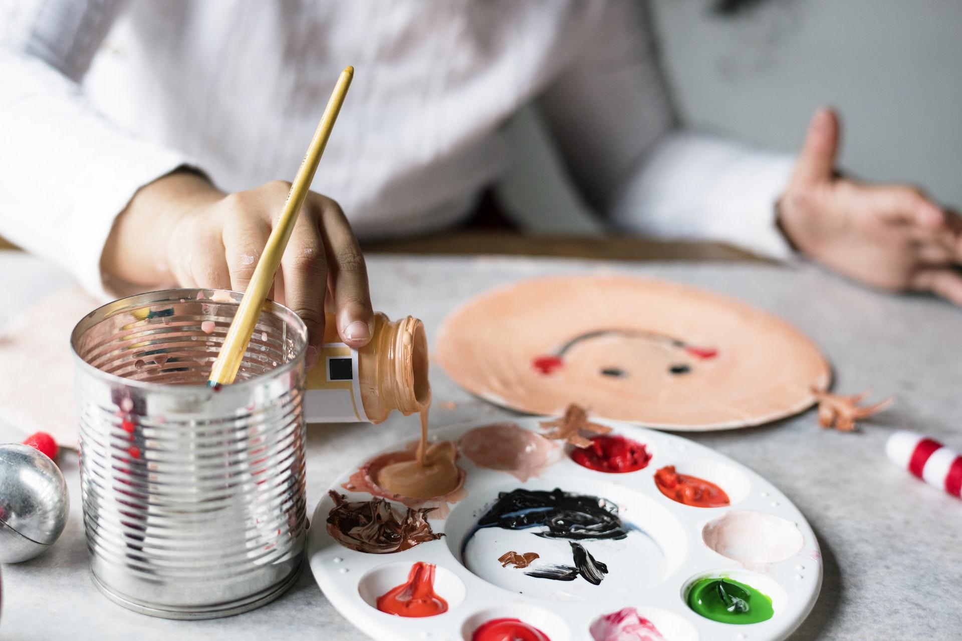 Дитяча творчість: створюємо безпечні дитячі фарби своїми руками