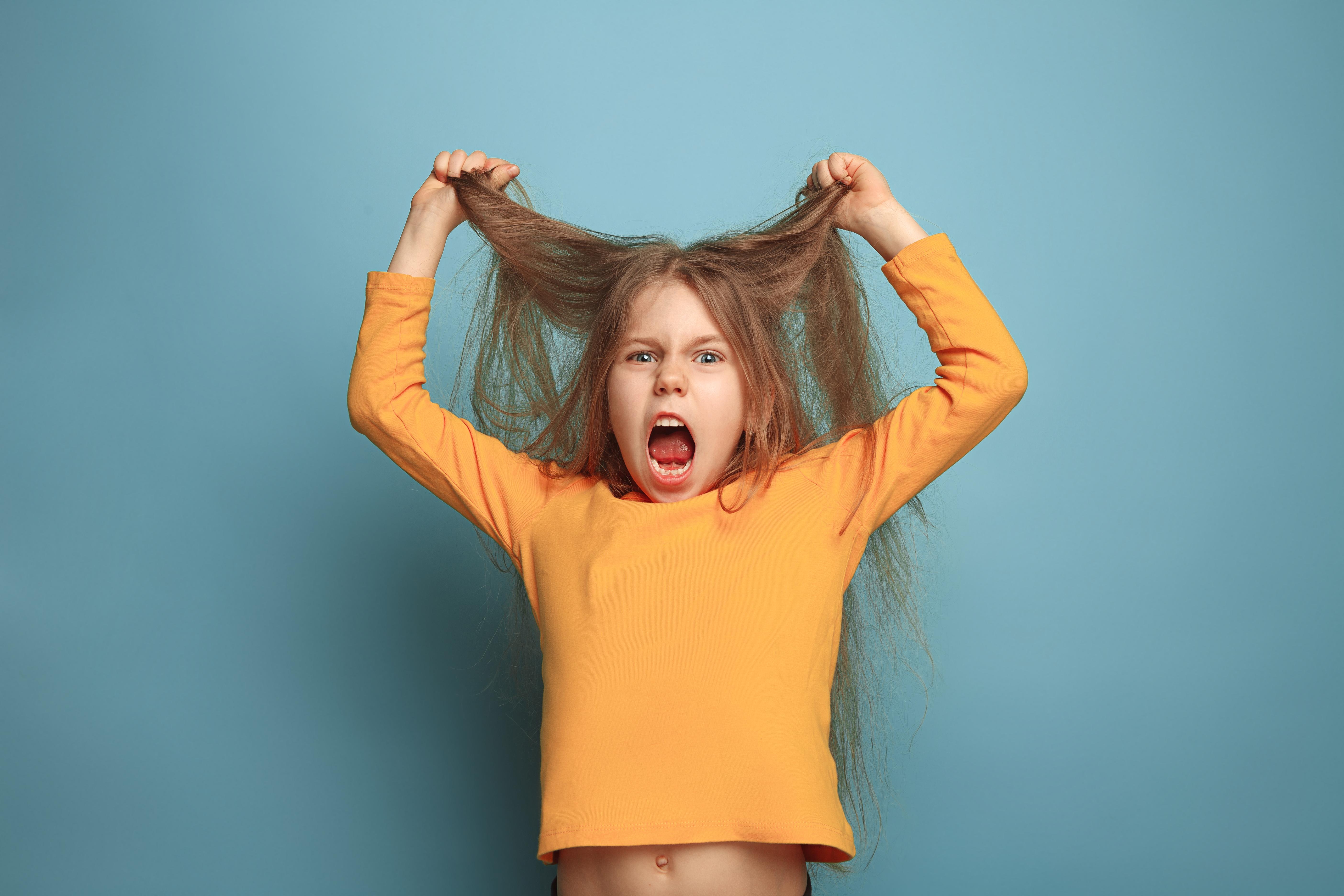 Як розпізнати ознаки психічних розладів у дітей
