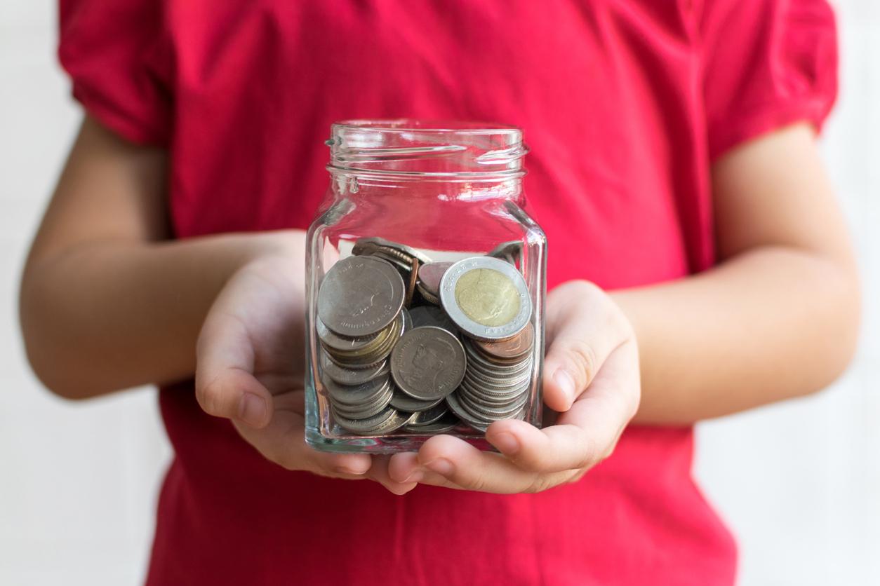 5 фінансових уроків, яким варто навчити своїх дітей