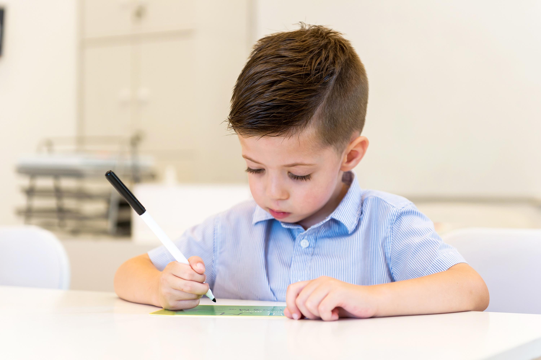 Як навчити дошкільника писати