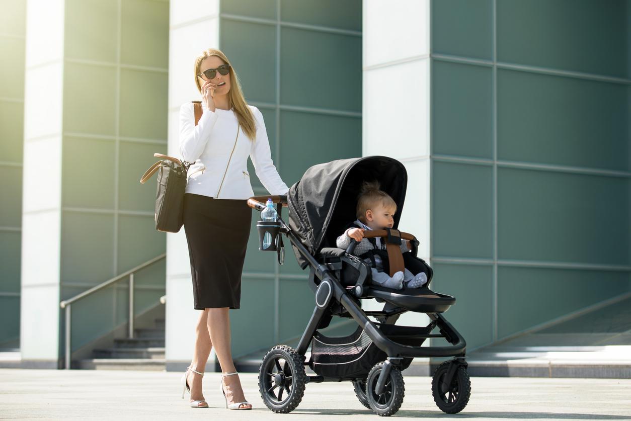 Неочевидні причини, чому мамам важлива зайнятість не тільки з дитиною