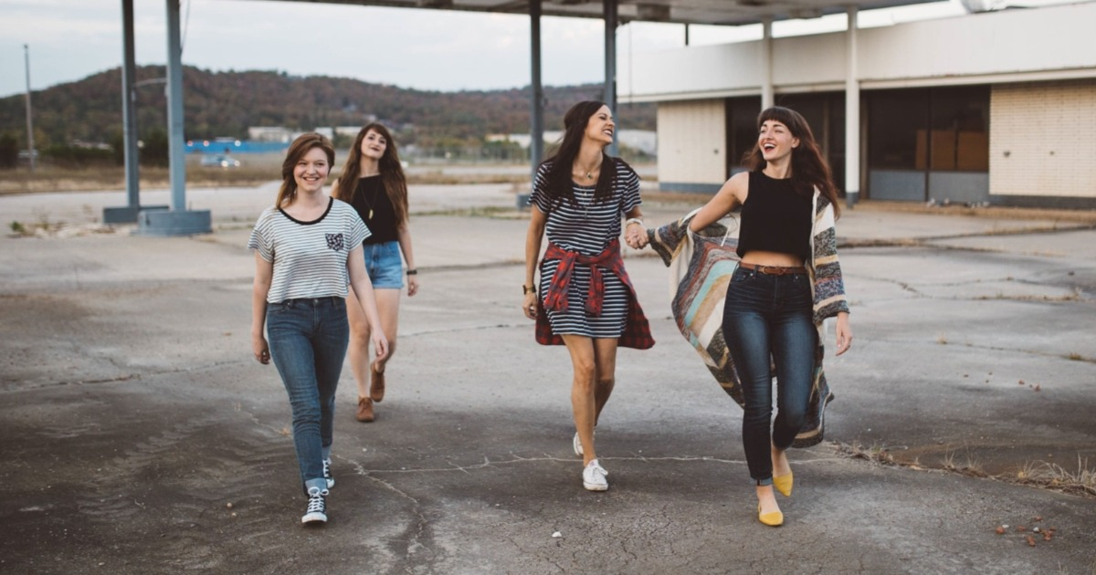 15 модних слів підлітків, які варто розуміти старшому поколінню
