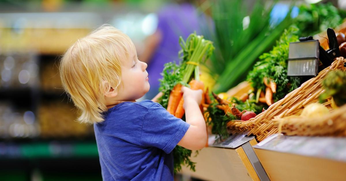 10 продуктів, які обов'язково повинні бути в раціоні дитини