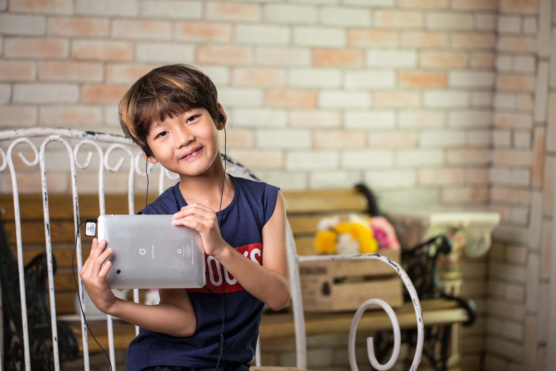 6 креативних додатків для дітей-школярів
